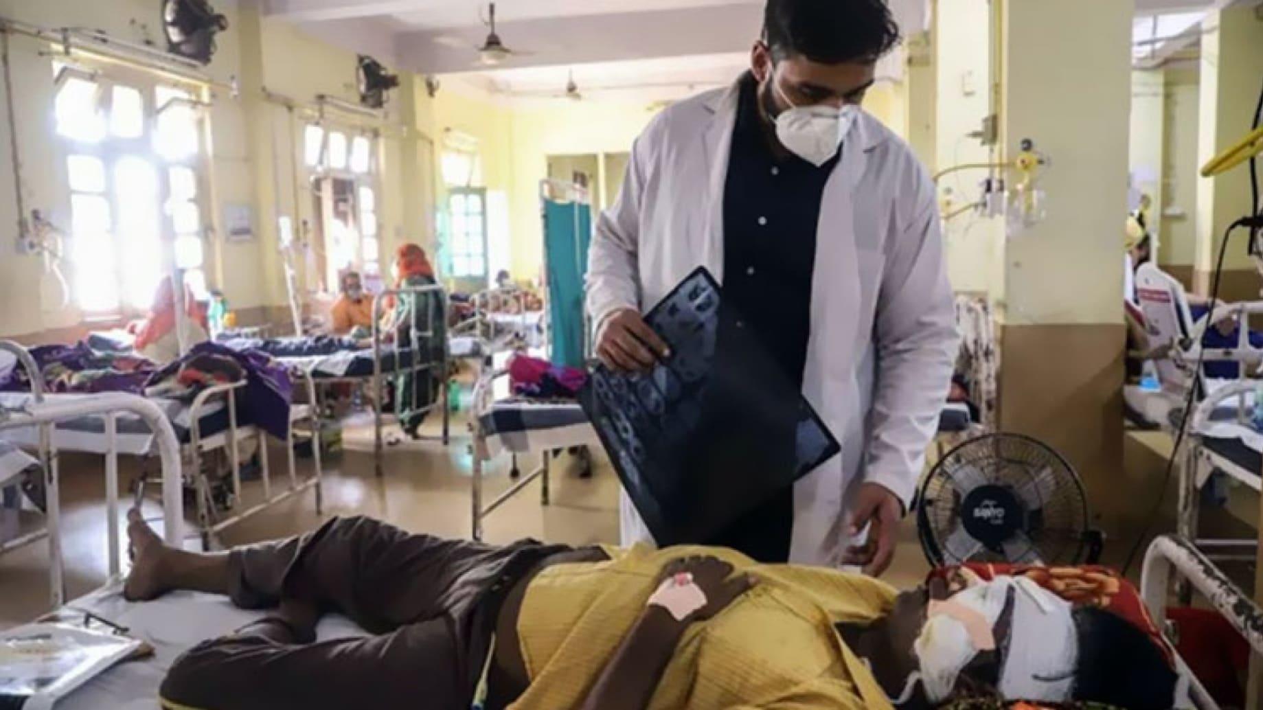 """يمكن أن تؤدي إلى فقدان البصر وسواد الأنف.. هذا ما نعرفه عن عدوى """"الفطر الأسود"""" في الهند"""