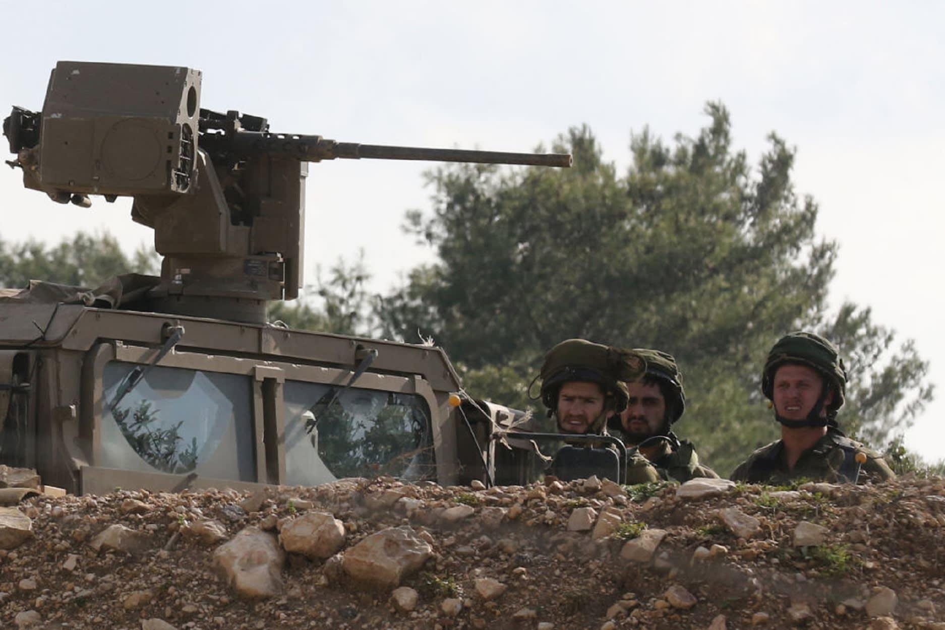 """الجيش الإسرائيلي يطلق """"درع الشمال"""" لـ""""كشف"""" أنفاق لحزب الله"""