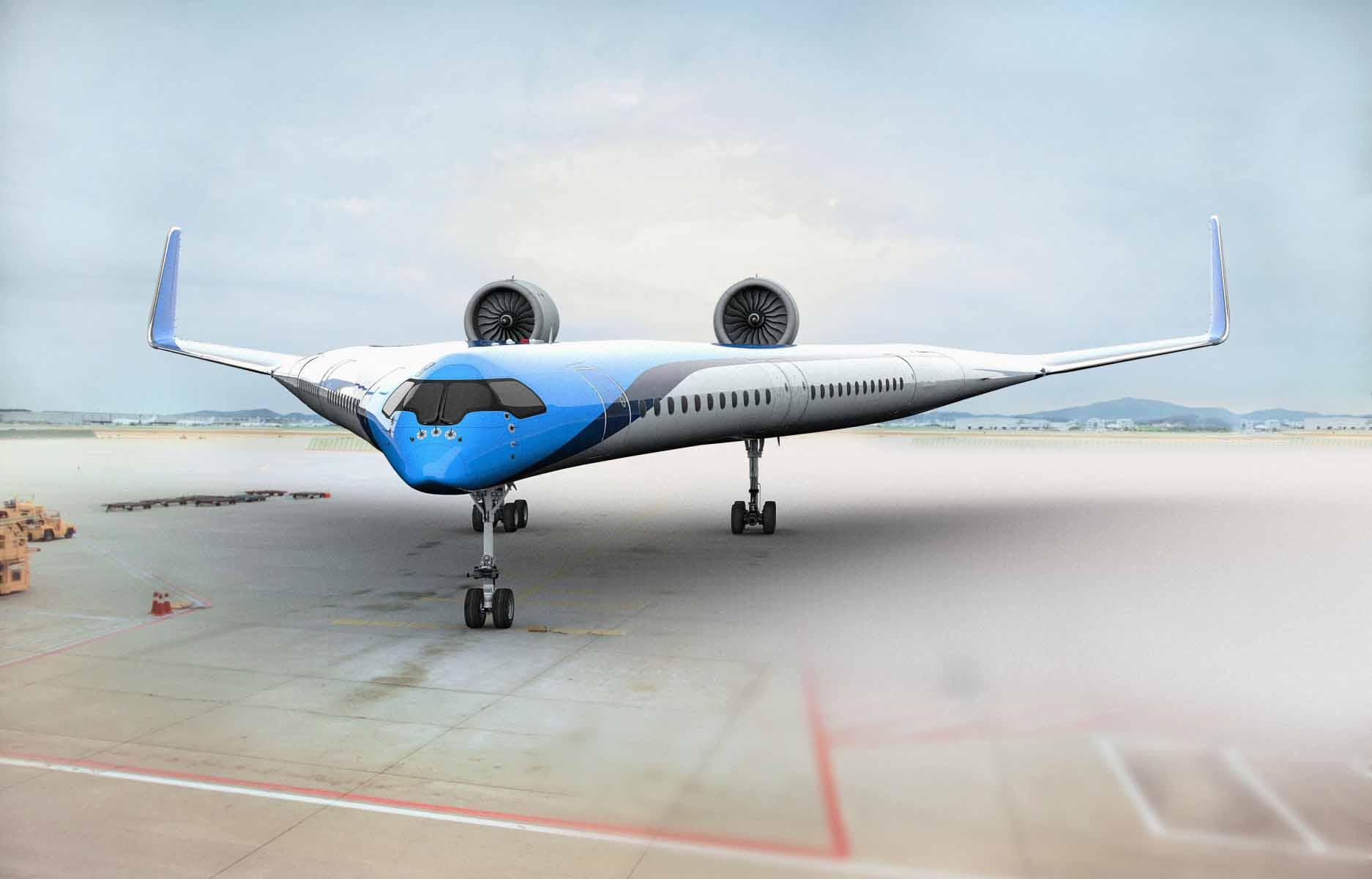 طائرة قد تحمل الركاب على جناحيها بالمستقبل تجري أول رحلة ناجحة
