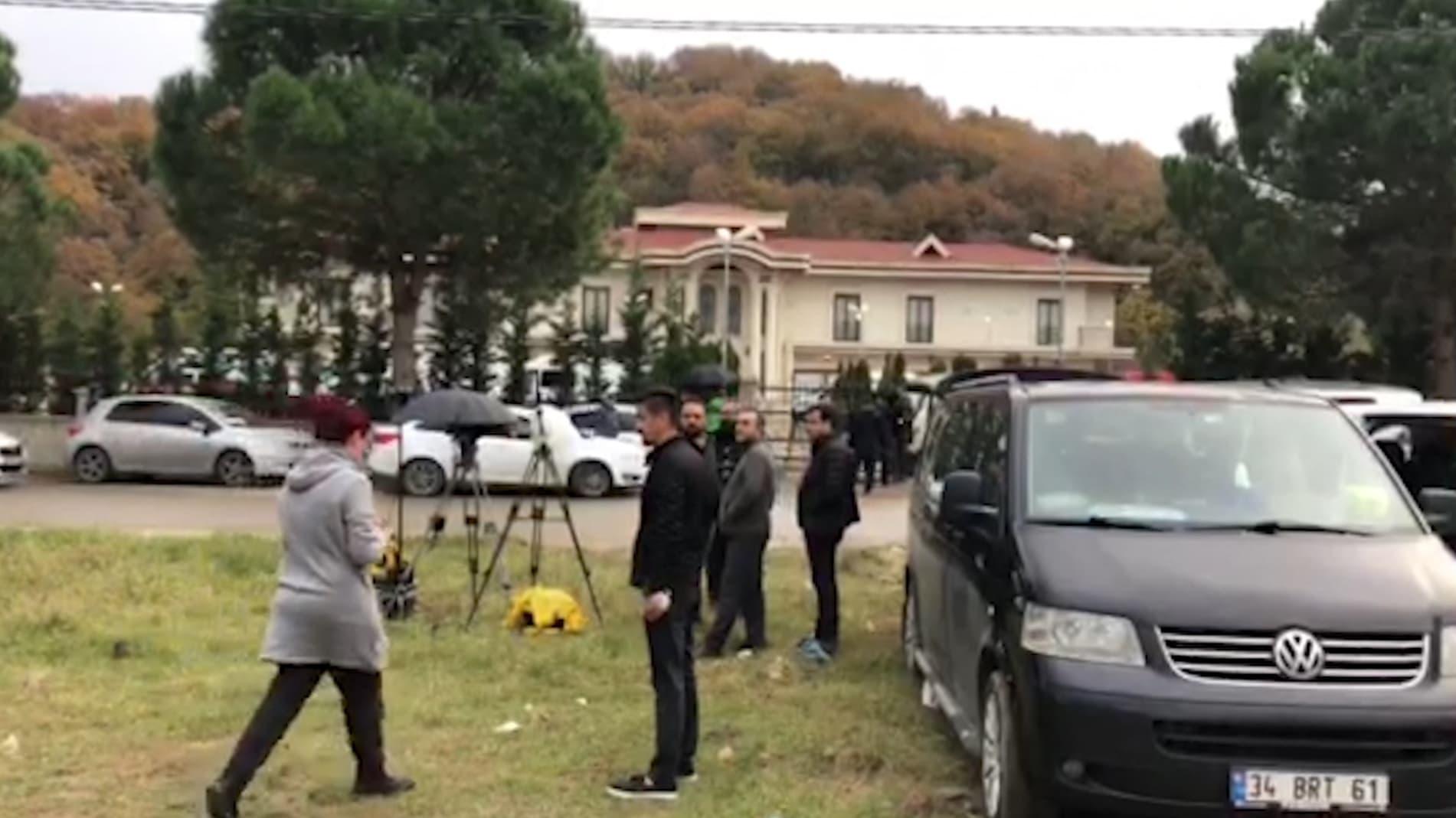 """تحقيقات خاشقجي.. الشرطة التركية تفتش فيلا بكلاب و""""درونز"""""""