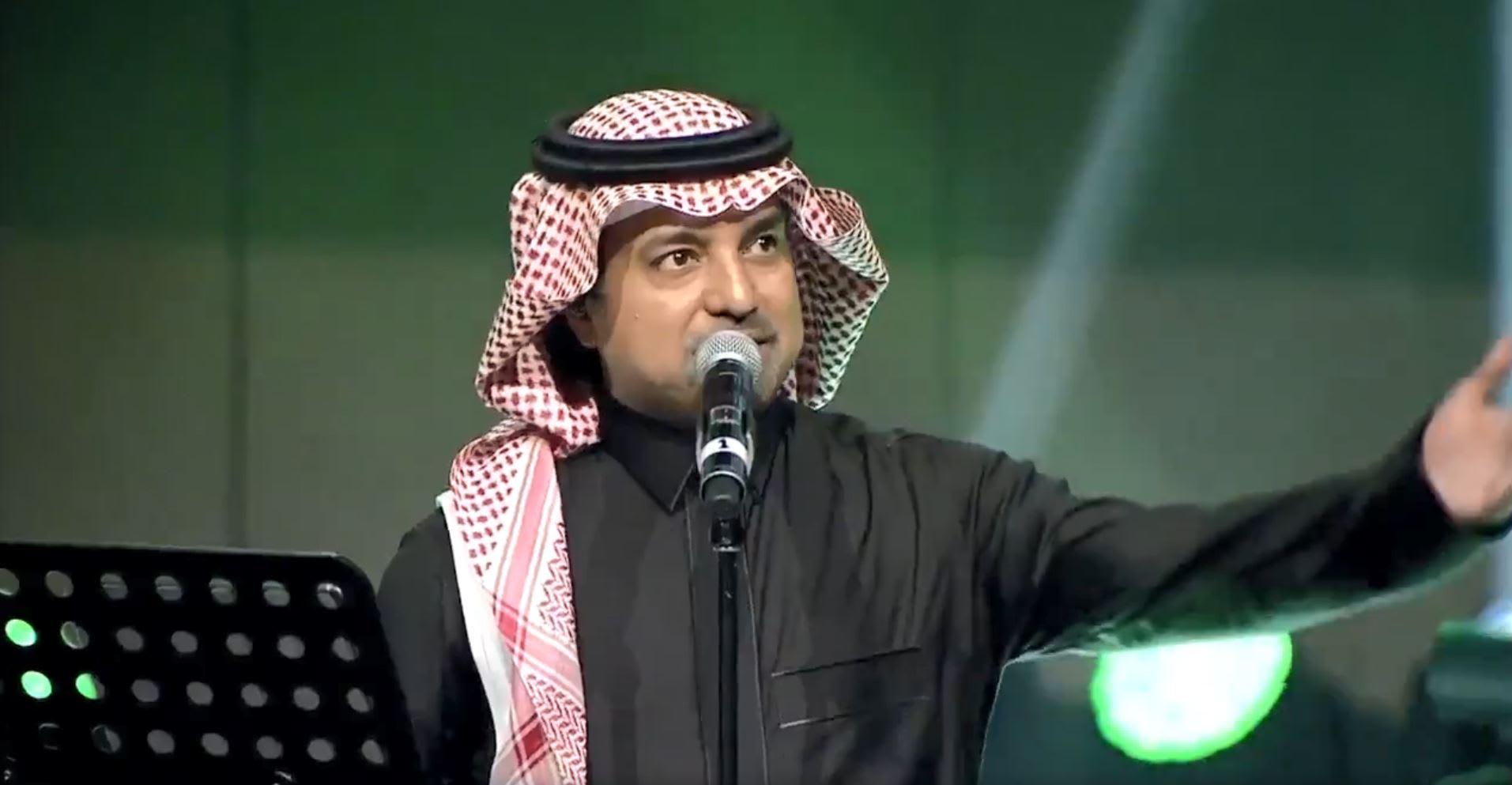 """""""يا محمد"""".. راشد الماجد يختم حفله بأغنية لولي العهد السعودي"""