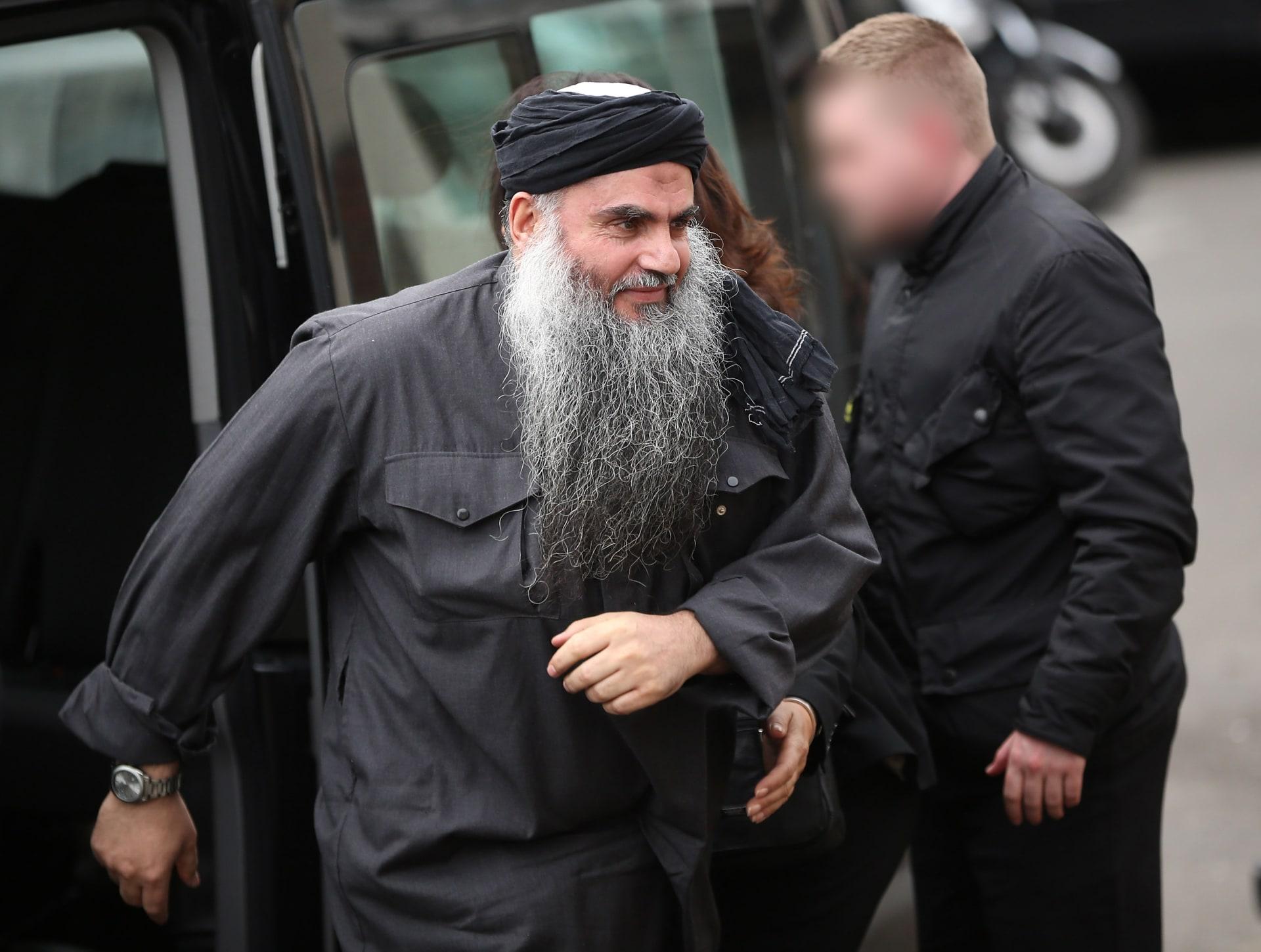 """ابوقتادة يدعو """"داعش"""" للمثول للنصرة ويدعو لصلح بين المسلمين بسوريا"""