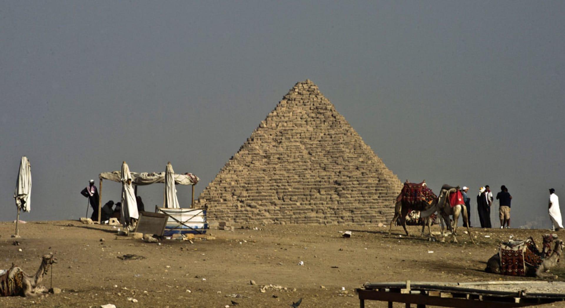 اكتشاف قبر صانع الجعة لآلهة الموتى بمصر