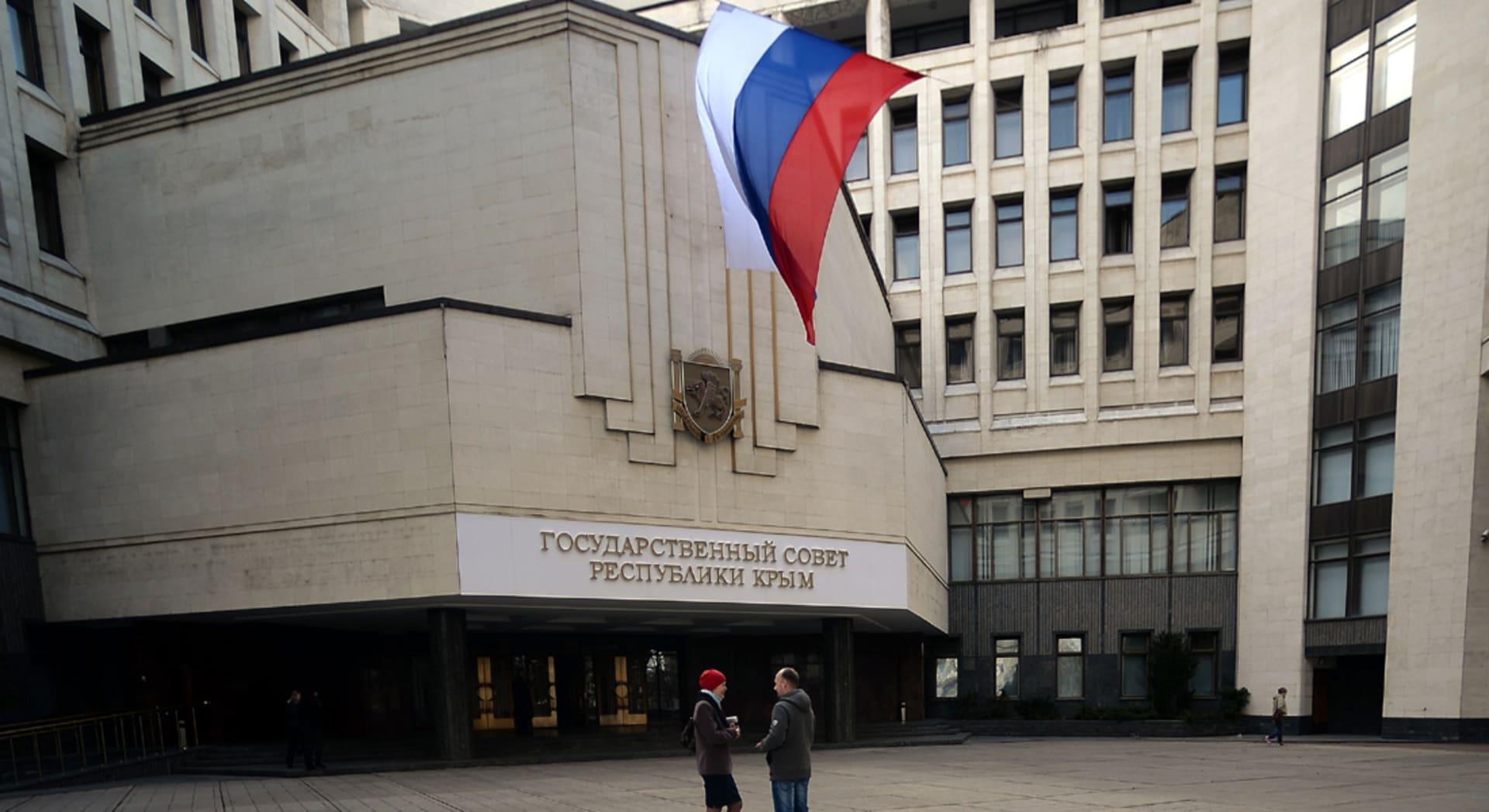 حصري: عقوبات أوروبية جديدة تشمل 12 شخصية روسية بينهم نائب رئيس الوزراء