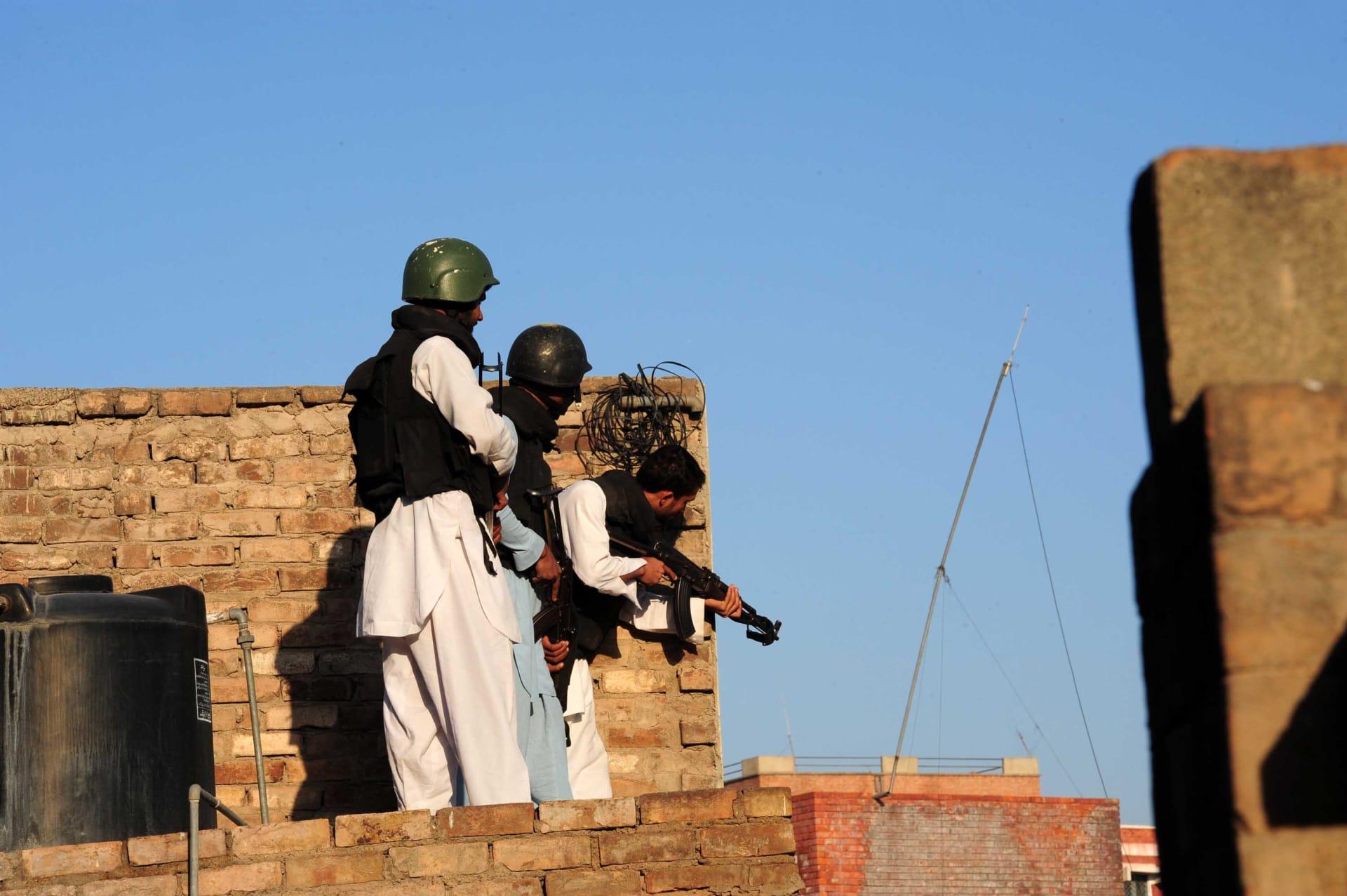 طالبان الباكستانية تنفي مبايعة خليفة داعش: بياننا حض الفصائل الجهادية بسوريا على الوحدة