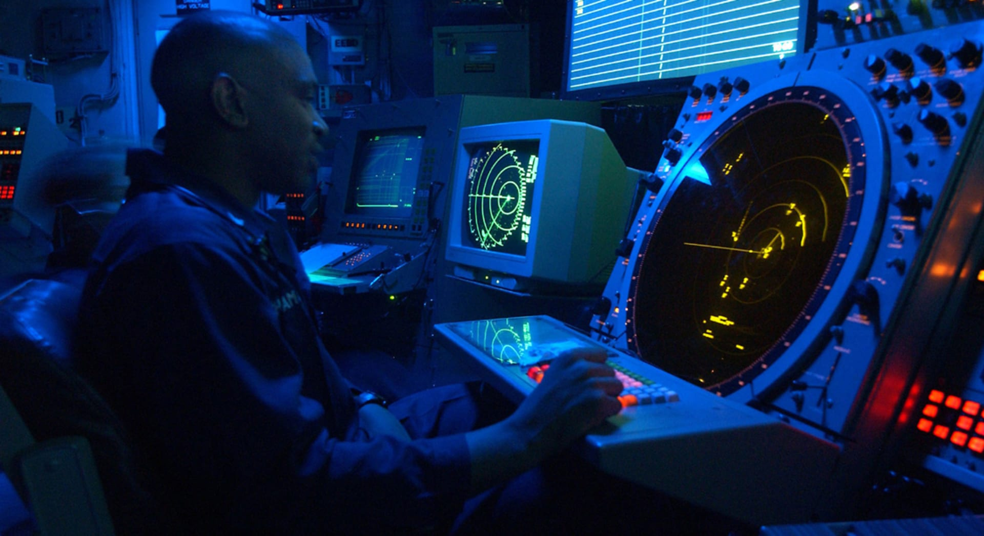 استراليا: رصد 4 أجسام برتقالية اللون يعتقد انها من حطام الطائرة الماليزية