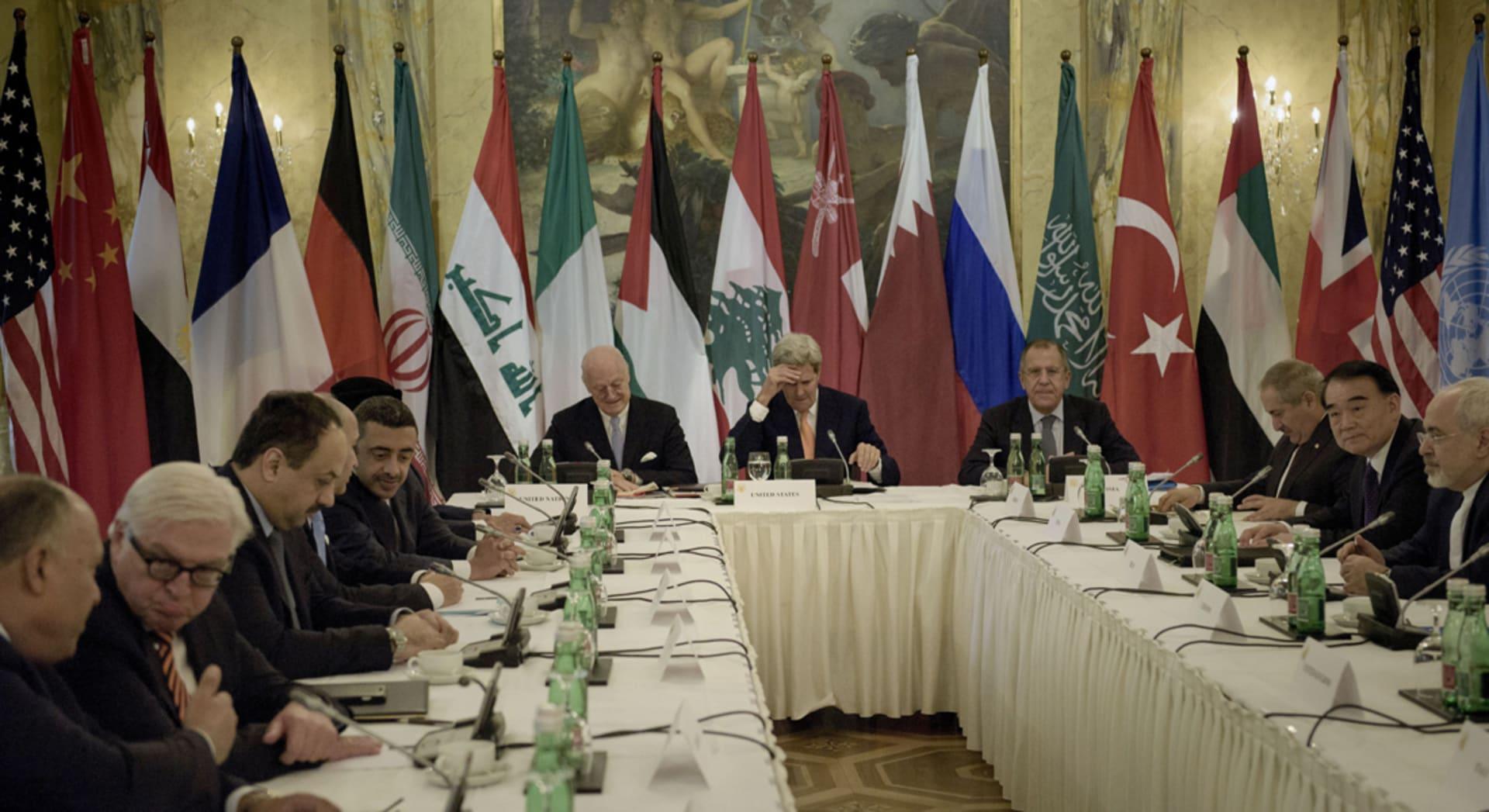 رأي.. أزمة سوريا التي كشفت الكثير من المستور
