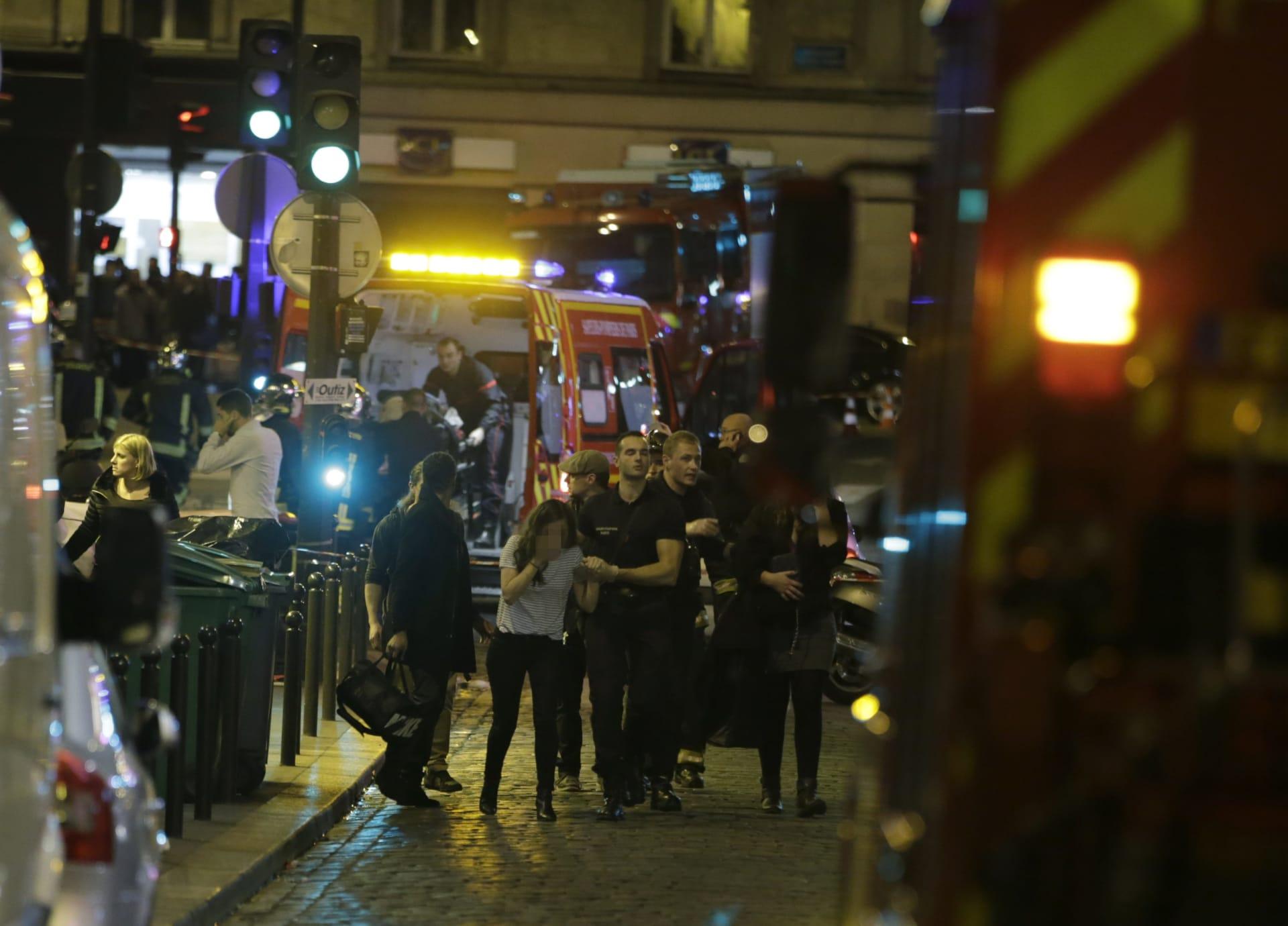 """مصدر لـCNN: صوت معروف من عناصر """"داعش"""" يدّعي مسؤولية هجمات باريس في مقطع الفيديو"""