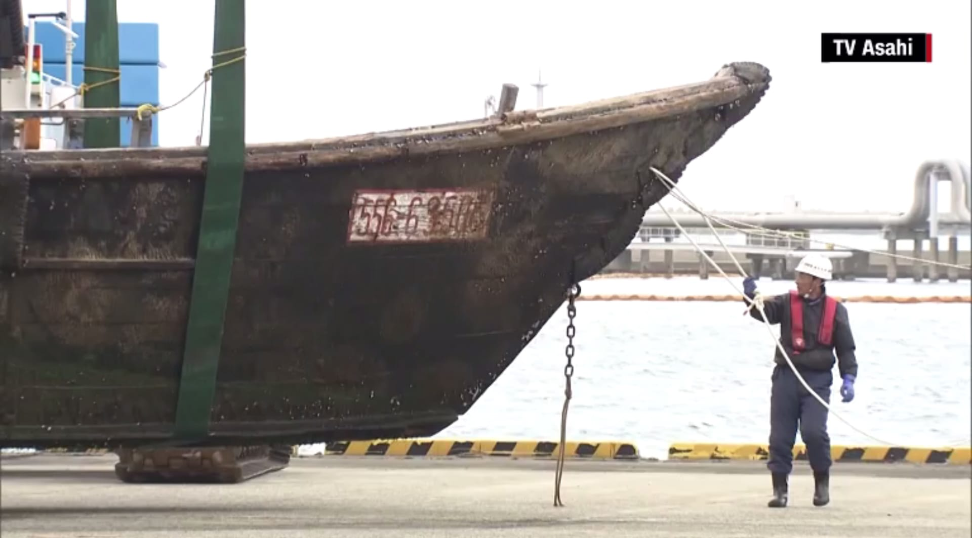 سفن مليئة بالجثث المتحللة تنجرف إلى شواطئ اليابان..ومسؤولون يرجحون ارتباطها بكوريا الشمالية