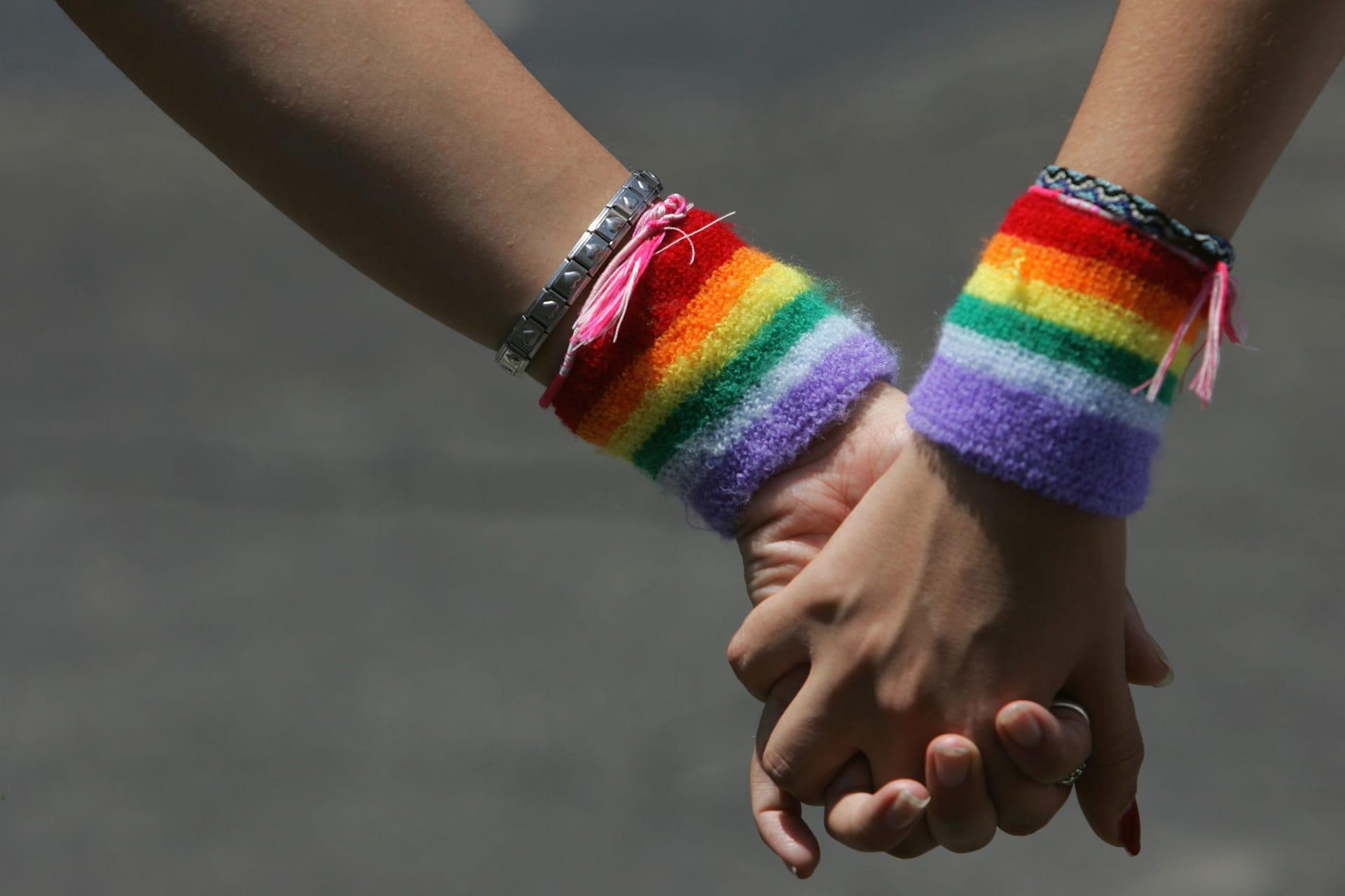 الحكم على ستة طلبة مثليين في تونس بالسجن والإبعاد عن مدنهم لخمس سنوات