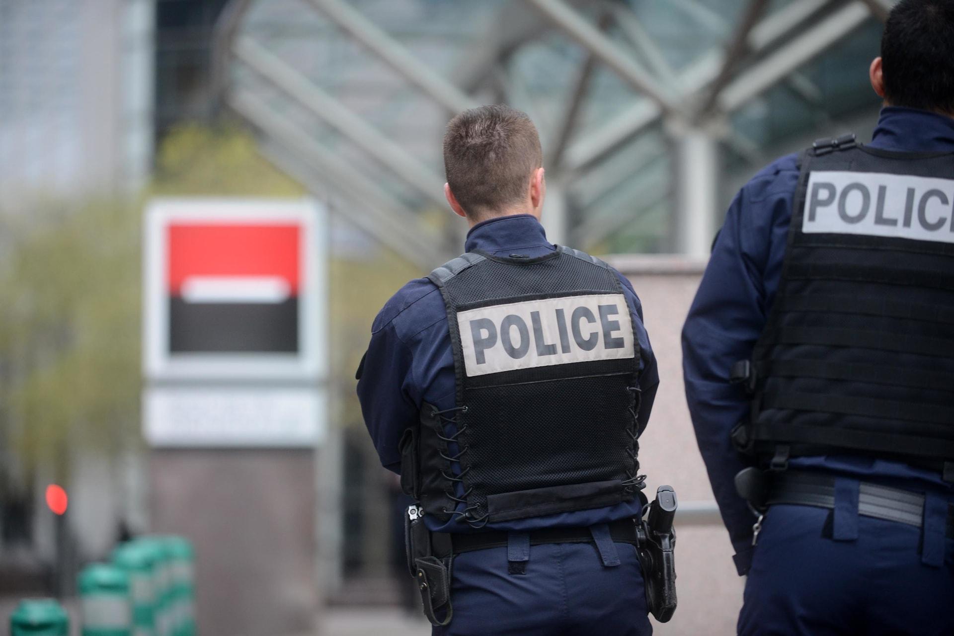 """الإدعاء الفرنسي: قصة هجوم داعشي مزعوم على مدرس للأطفال في باريس """"مفبركة"""""""