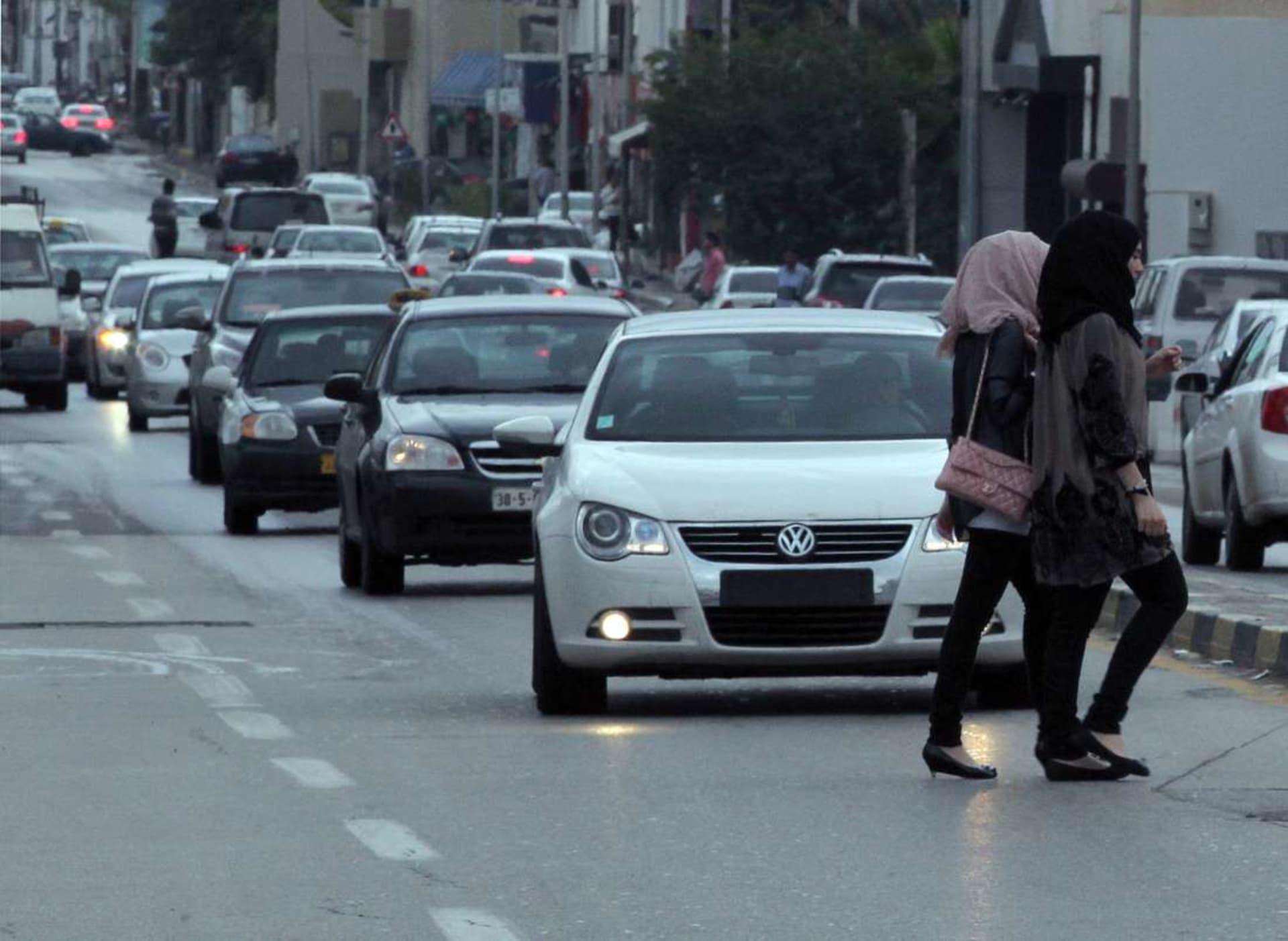 آلاف من العوانس وتراجع نسبة الزواج... ثمن الحرب الأهلية في ليبيا