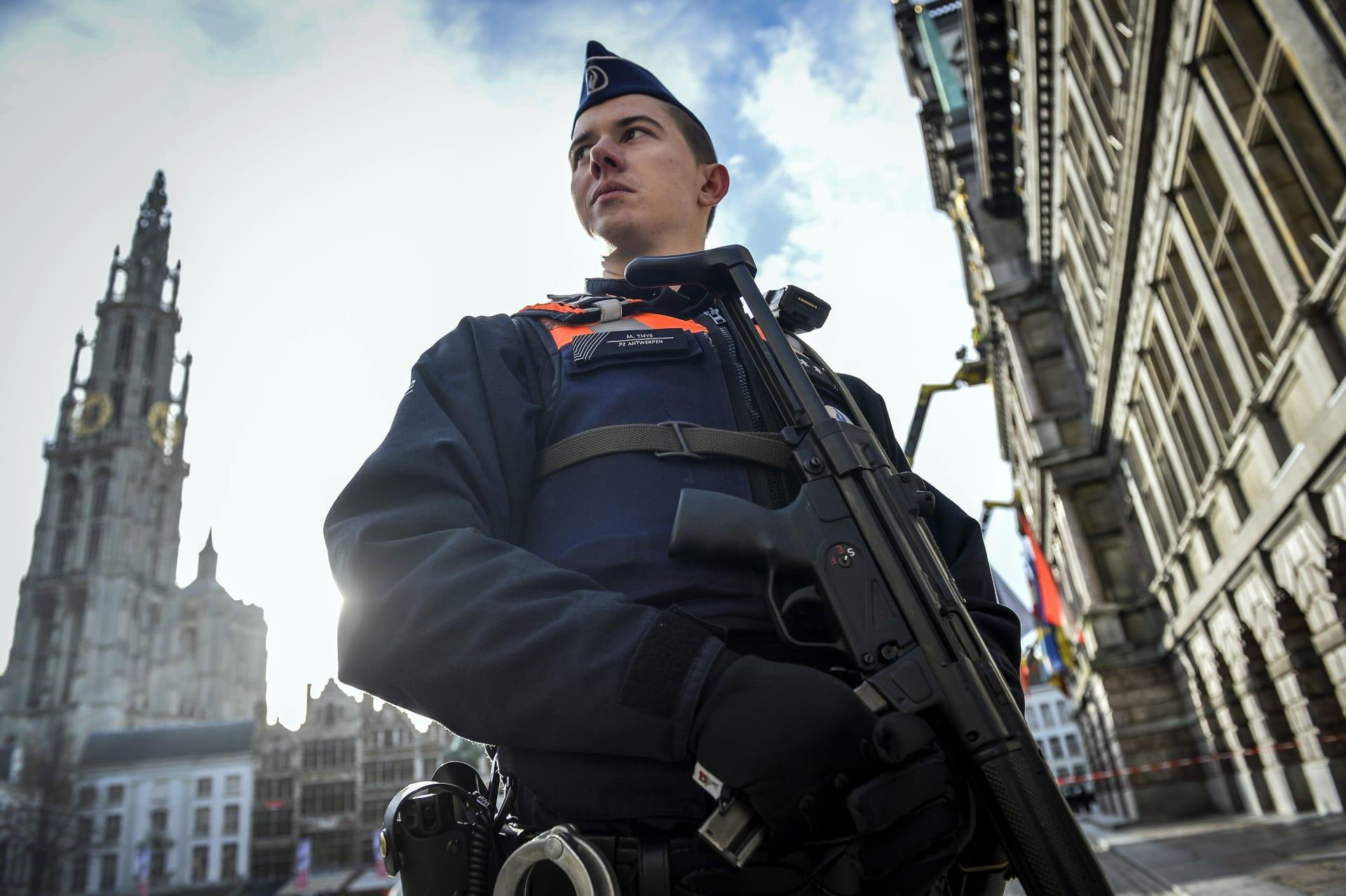 """تأهب أمني بأوروبا بعد تحذير """"مخابرات صديقة"""" من """"هجمات إرهابية محتملة"""" في عيد الميلاد"""