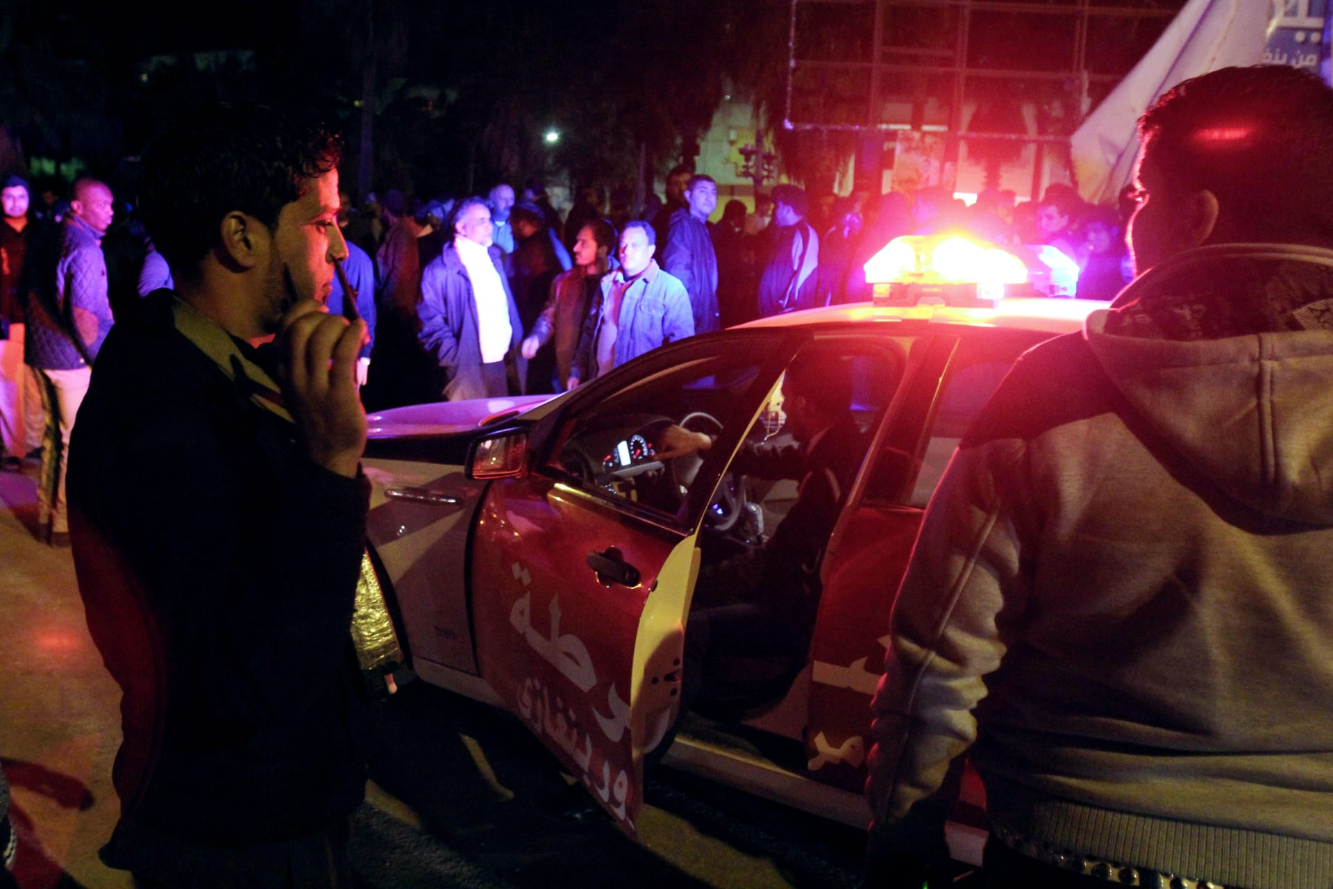 ليبيا: 50 قتيلا في انفجار شاحنة مفخخة استهدف مركز تدريب شرطة في زليتن