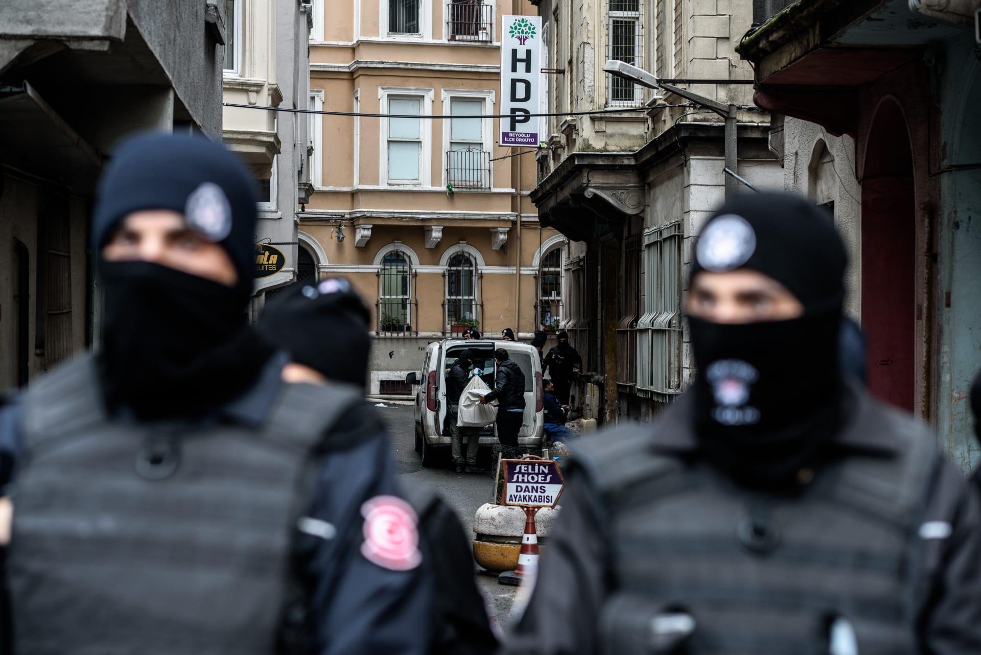 تركيا.. القبض على 40 شخصا بينهم 15 مصرياً وروسياً للاشتباه في انتمائهم لداعش