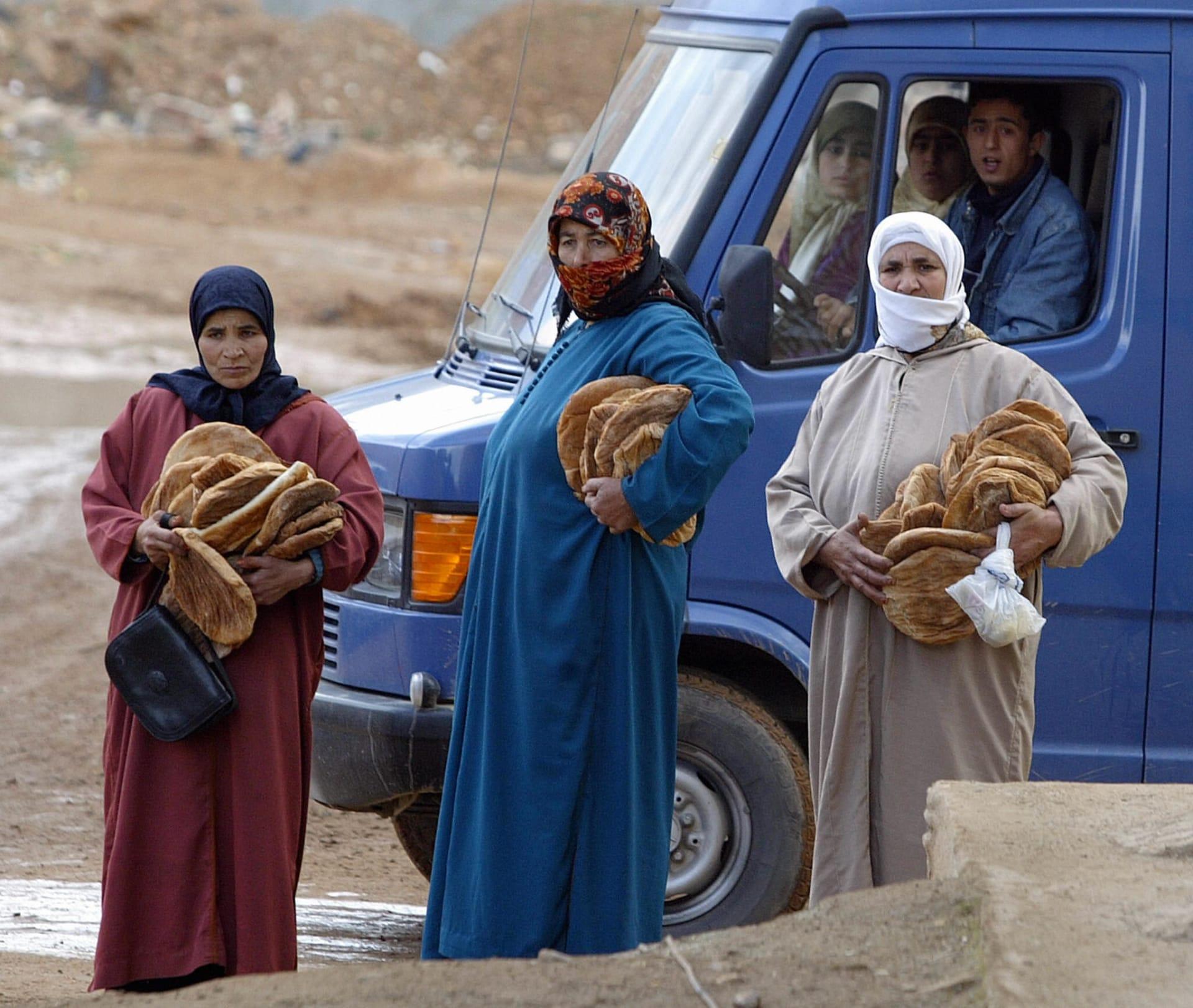 هزة أرضية تُجبر عددًا من سكان مدينة الحسيمة في المغرب على إخلاء منازلهم وتعيد ذكرى رعب 2004
