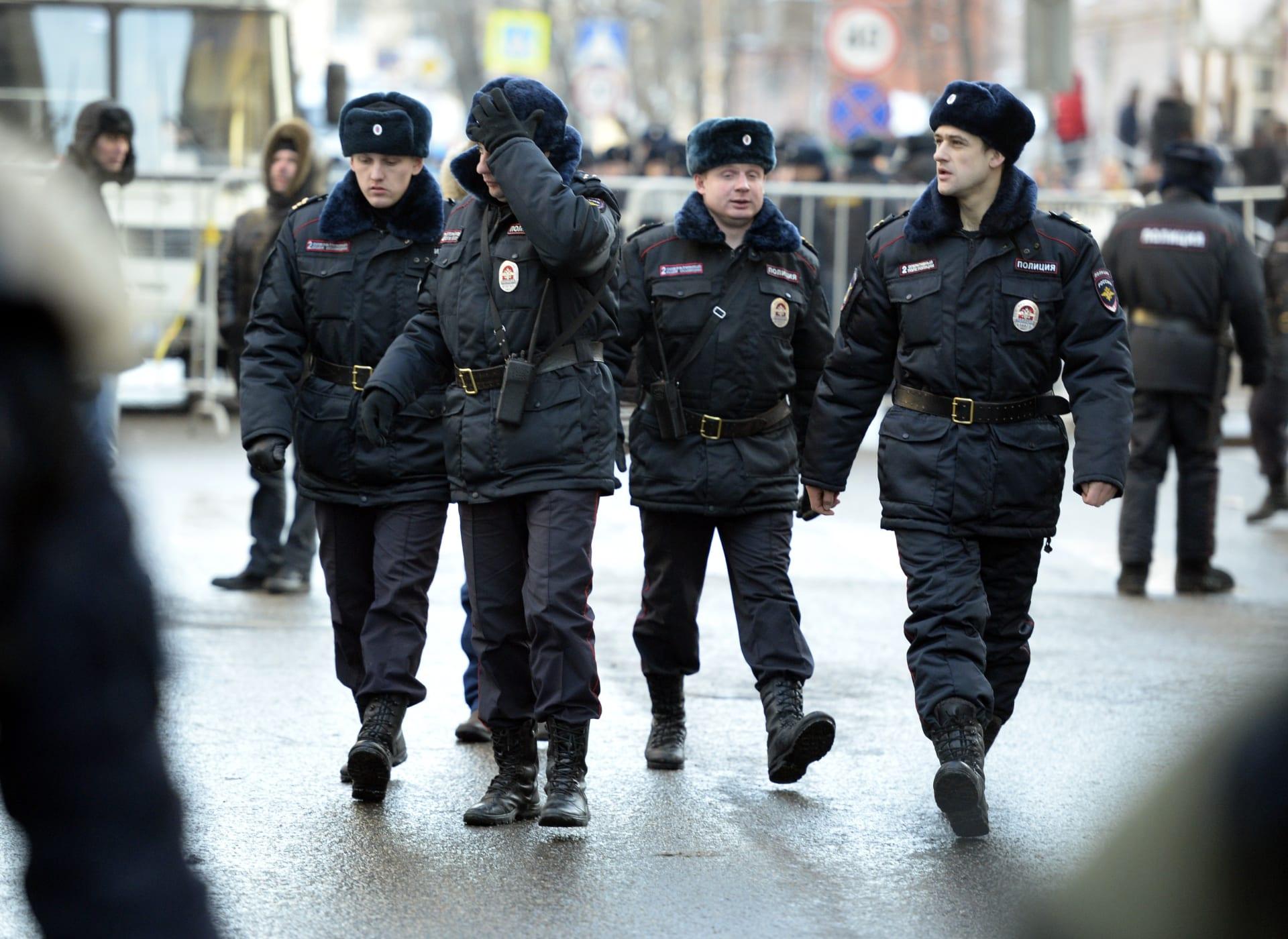 """روسيا: اعتقال 7 أشخاص يُشتبه انتماؤهم لـ""""داعش"""" خططوا لهجمات في موسكو.. وزعيمهم من جماعة إرهابية تركية"""