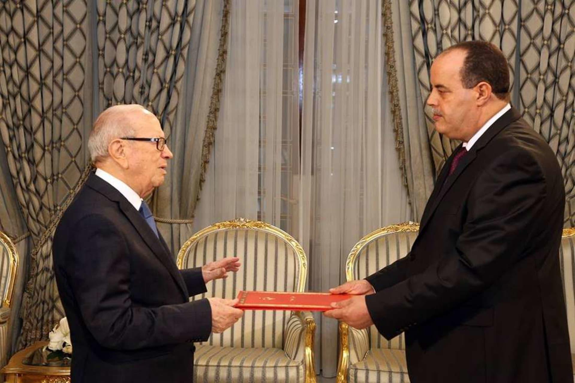 """تونس تعيّن وزير الداخلية السابق """"سفيرًا فوق العادة"""" لدى المغرب"""