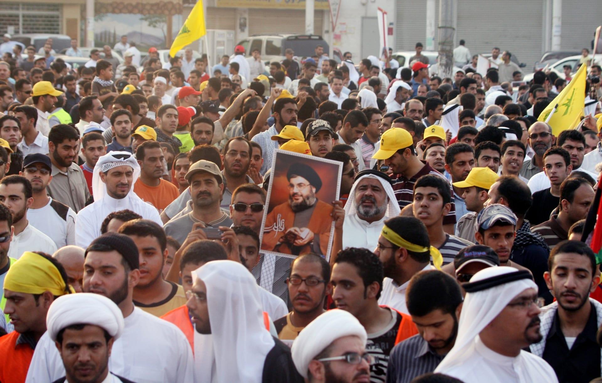 البحرين: القبض على بحريني وأسيوي يبيعان صورا لحزب الله في المنامة
