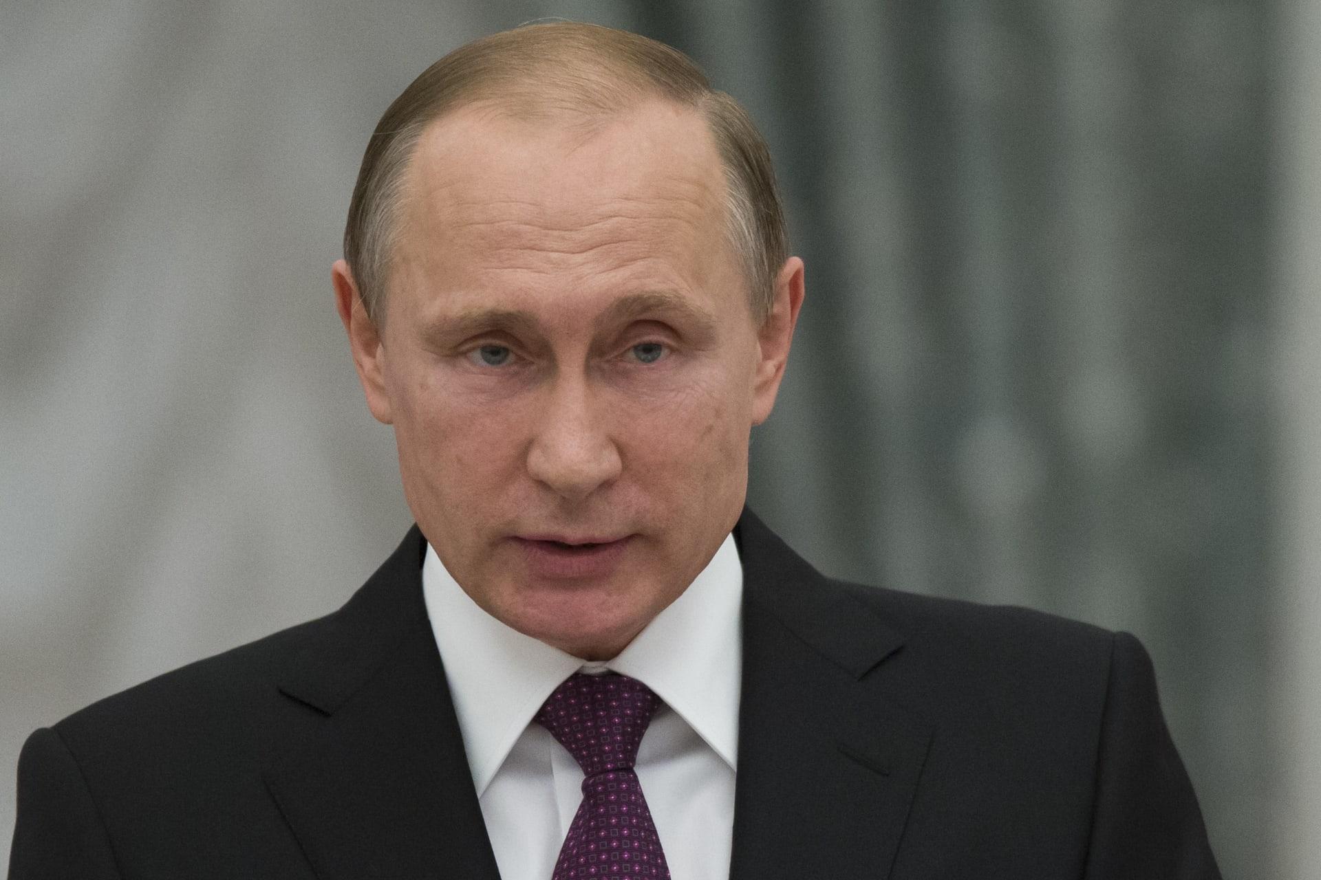 بوتين: باستطاعتنا العودة عسكريا لسوريا خلال ساعات إذا لزم الأمر.. والدعم بالسلاح للحكومة بدمشق مستمر