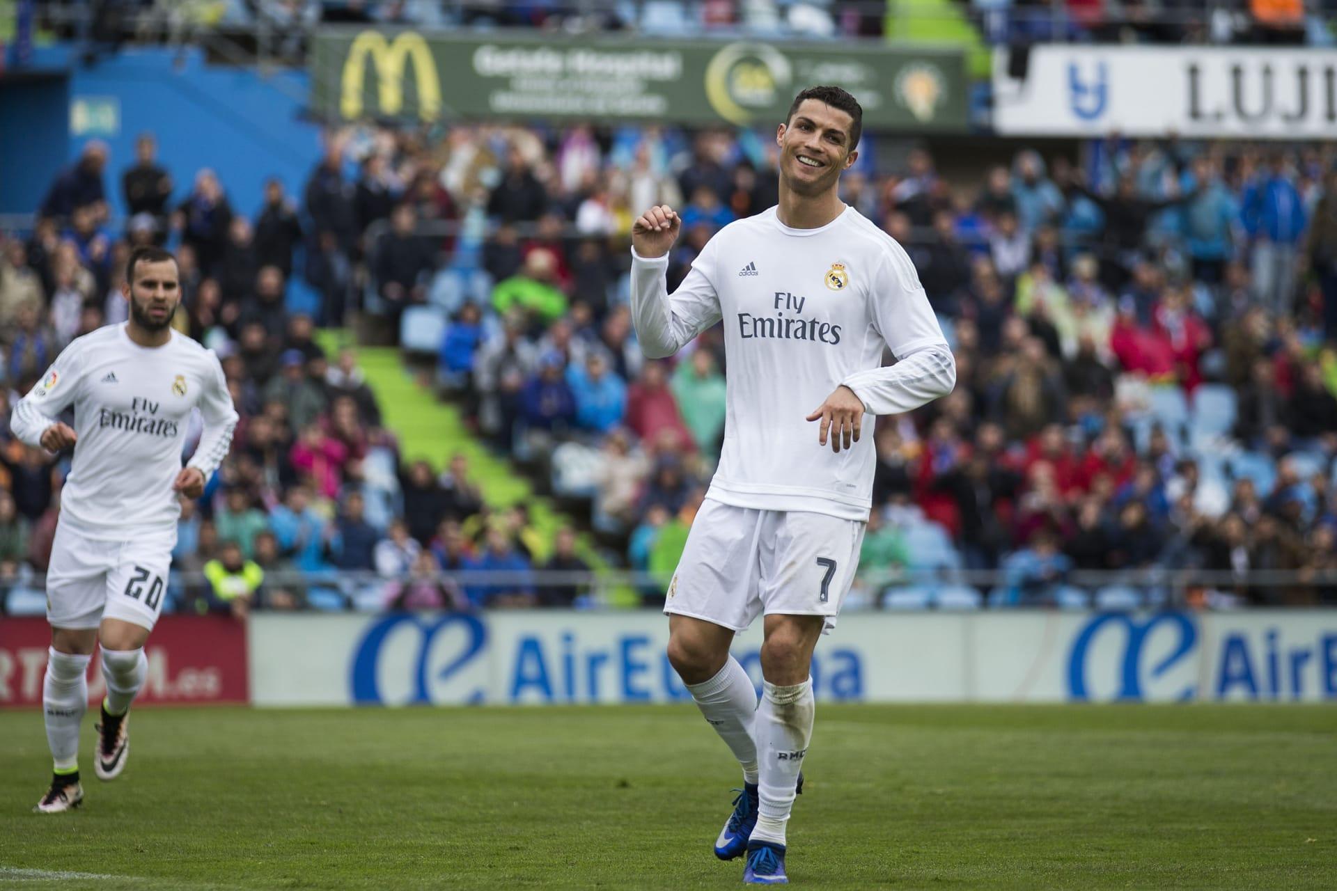 ريال مدريد يكتسج خيتافي بخماسية ويقترب من الصدارة