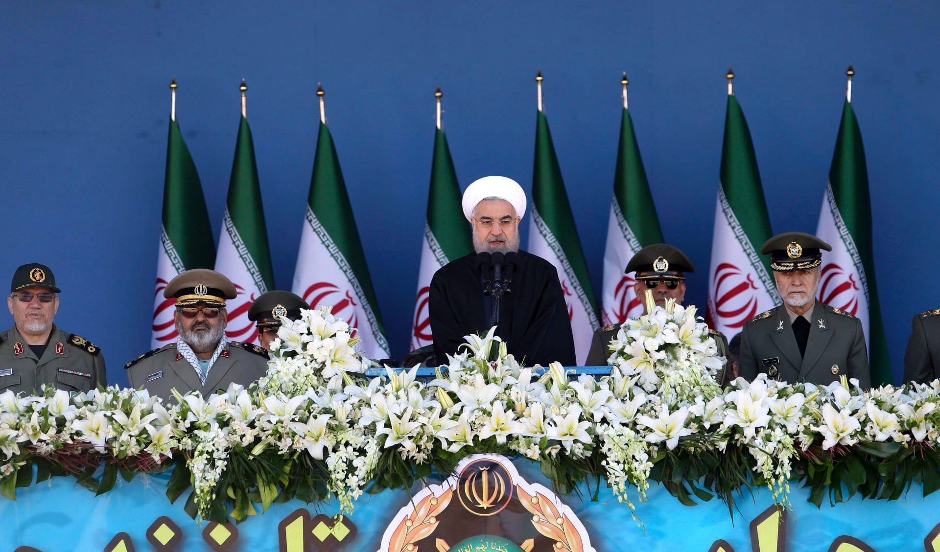 """إيران تتهم السعودية بـ""""الشر والجنون"""".. وتُذكّر بـ""""هبة"""" المملكة لرئيس الوزراء الماليزي"""