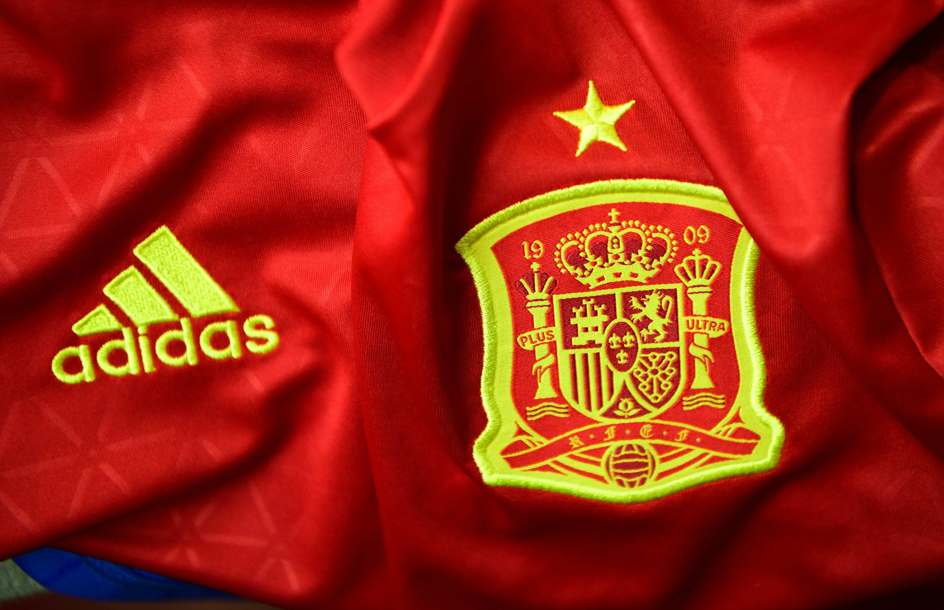 منتخبات اليورو: إسبانيا ستقاتل للاحتفاظ بلقبها