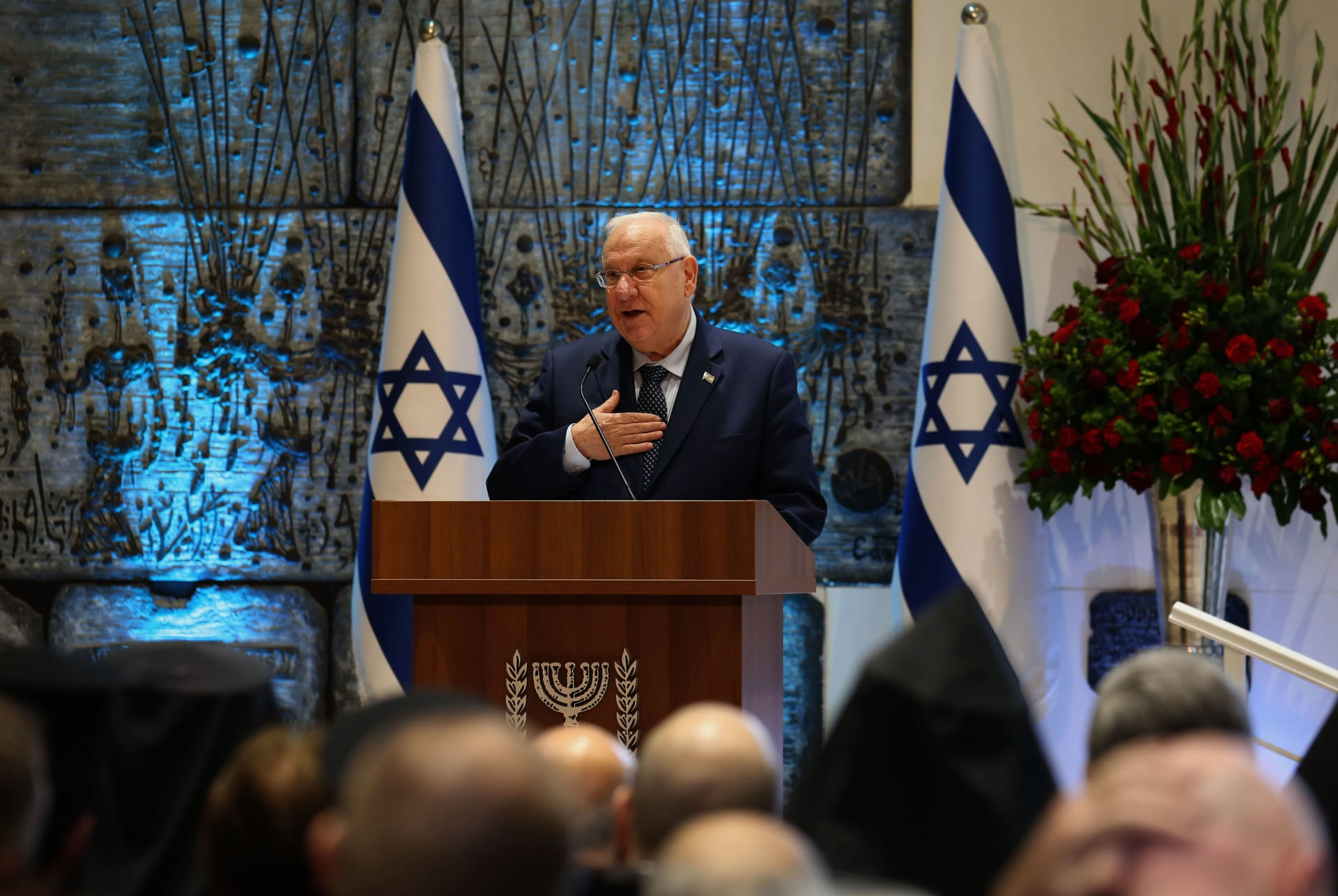"""رئيس إسرائيل يعلق على """"إدانة الاستيطان"""" ويؤكد: نمنح حرية العبادة بالقدس للجميع"""