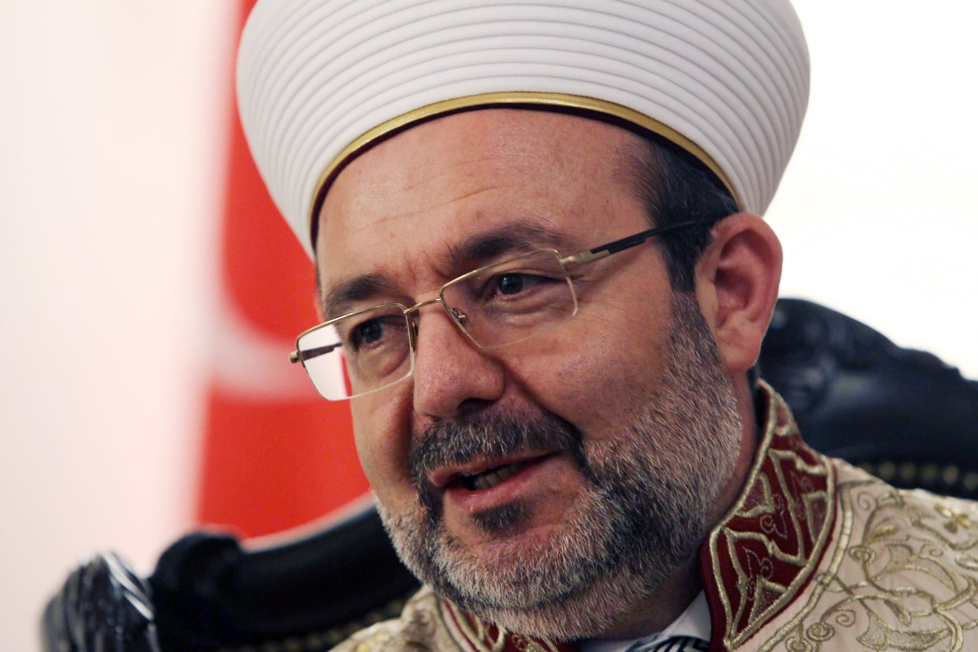 رئيس الشؤون الدينية التركي: لا فرق بين هجوم بمكان ترفيه أو بدار عبادة