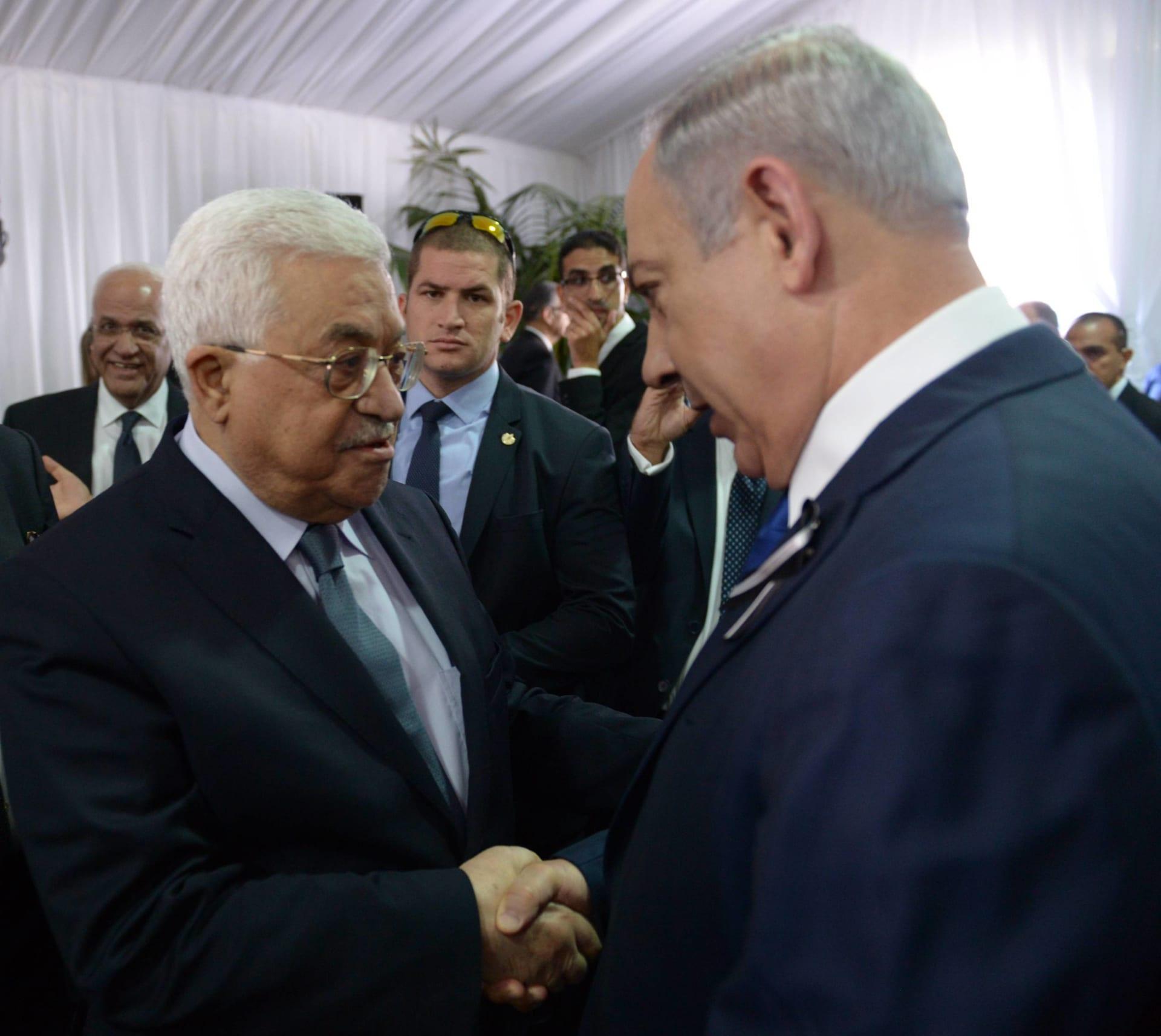 """نتنياهو: مؤتمر باريس """"عقيم"""" و""""يعطل السلام"""".. محمود عباس: بعد 50 عاماً من الاحتلال يقول الفلسطينيون كفى"""