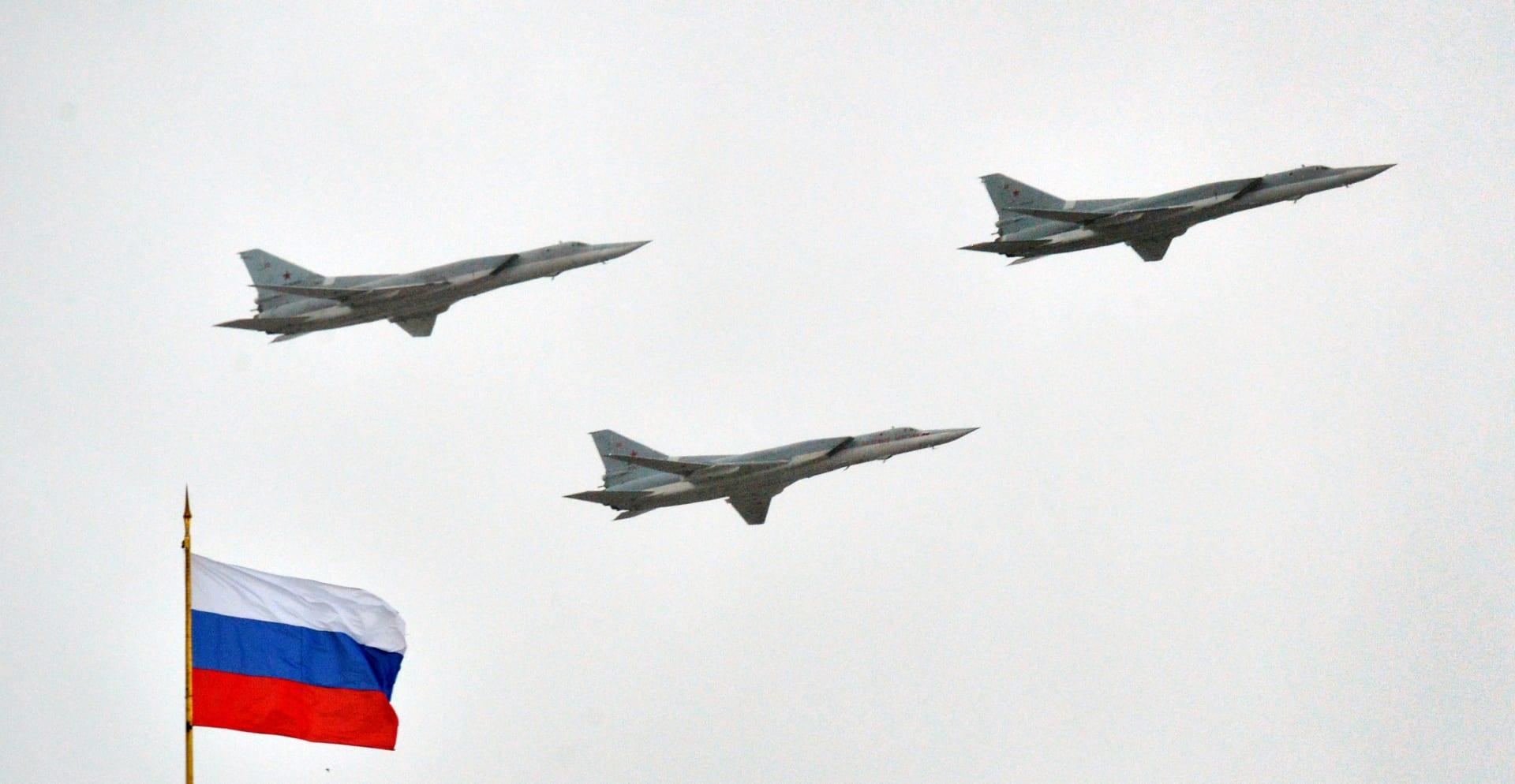 جنرال أمريكي: طائرات روسيا ونظام الأسد ضربت مقاتلين تدعمهم أمريكا في سوريا