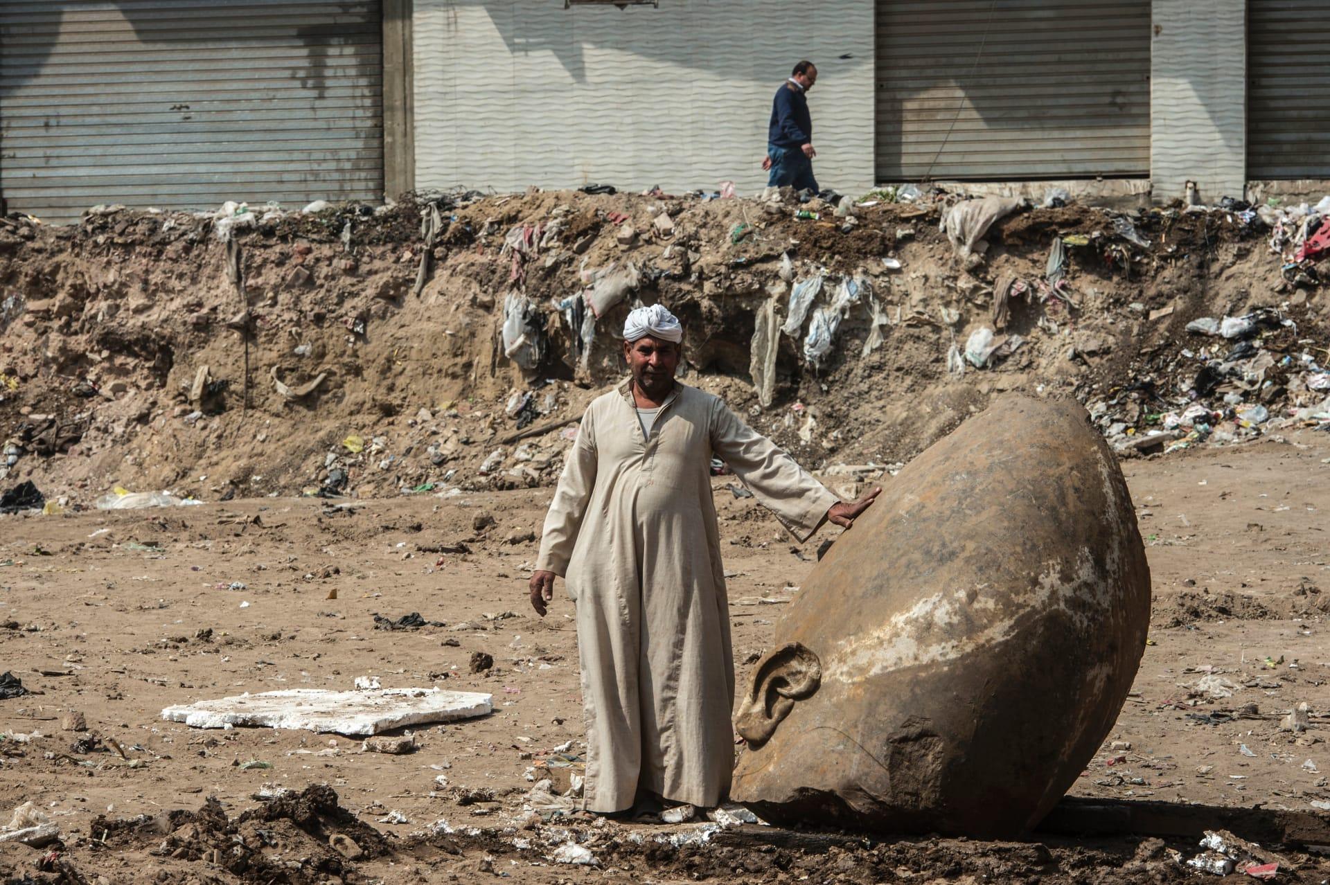 """وزارة الآثار المصرية ترد على انتقادات """"تمثال رمسيس الثاني"""""""