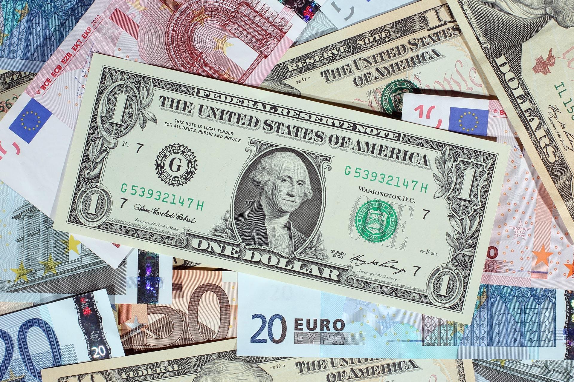 السعودية.. ودائع الأفراد والشركات بالعملة الأجنبية تتجاوز 26 مليار دولار