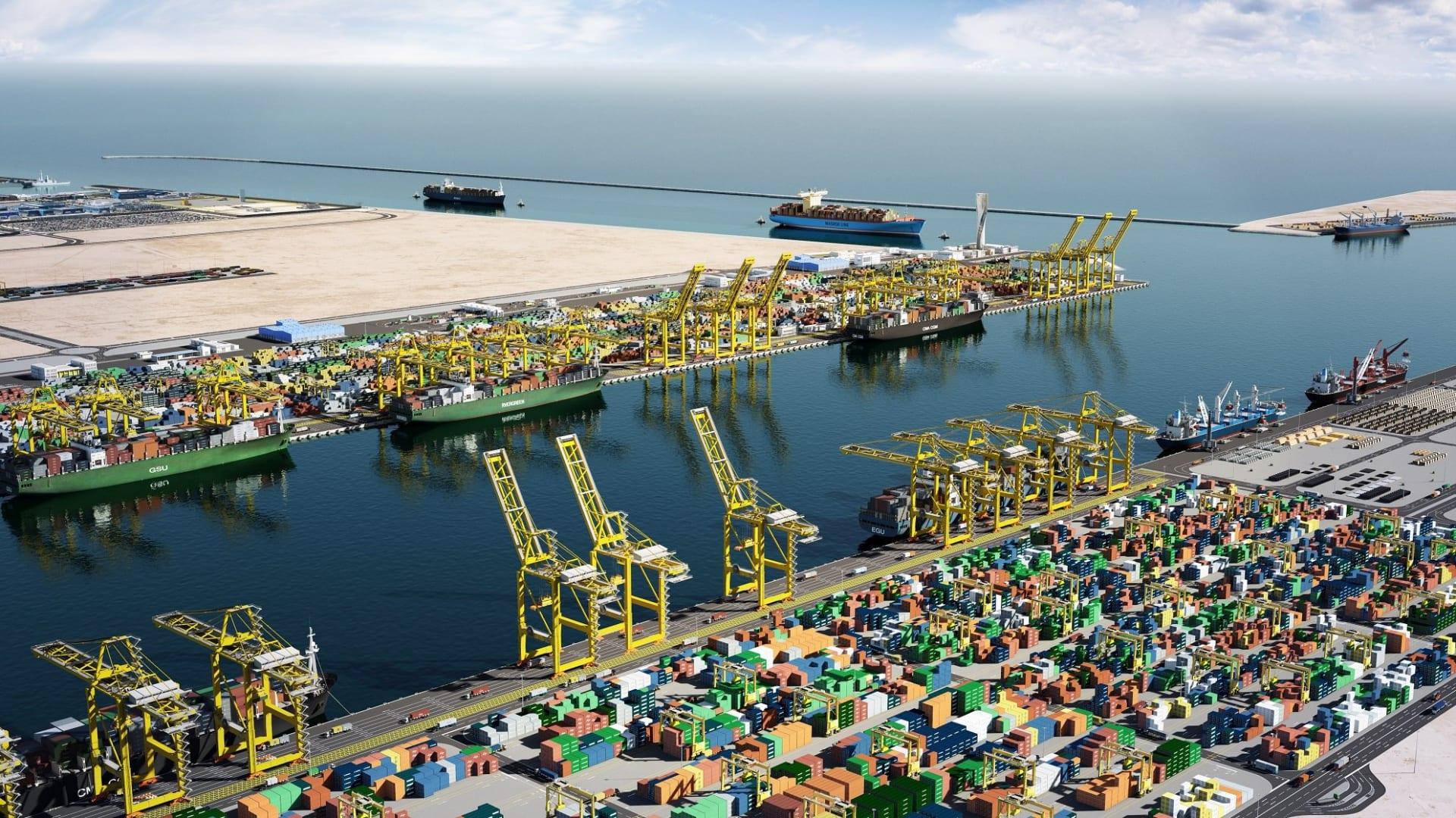وسط تأكيد الدوحة عدم تأثر الملاحة بقطع العلاقات.. قطر تدشن 3 خطوط ملاحية جديدة في أسبوع