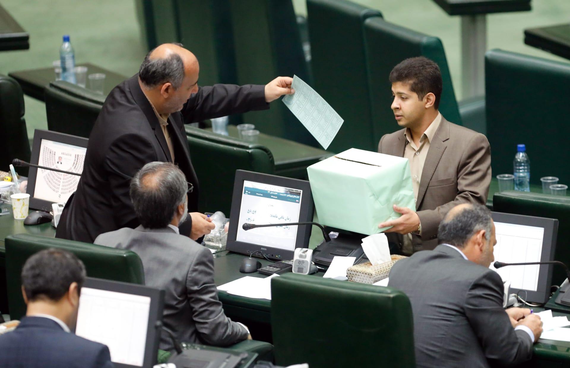 ترامب: صفقة إيران ناقصة وسلمناهم المال دون الحصول على مقابل