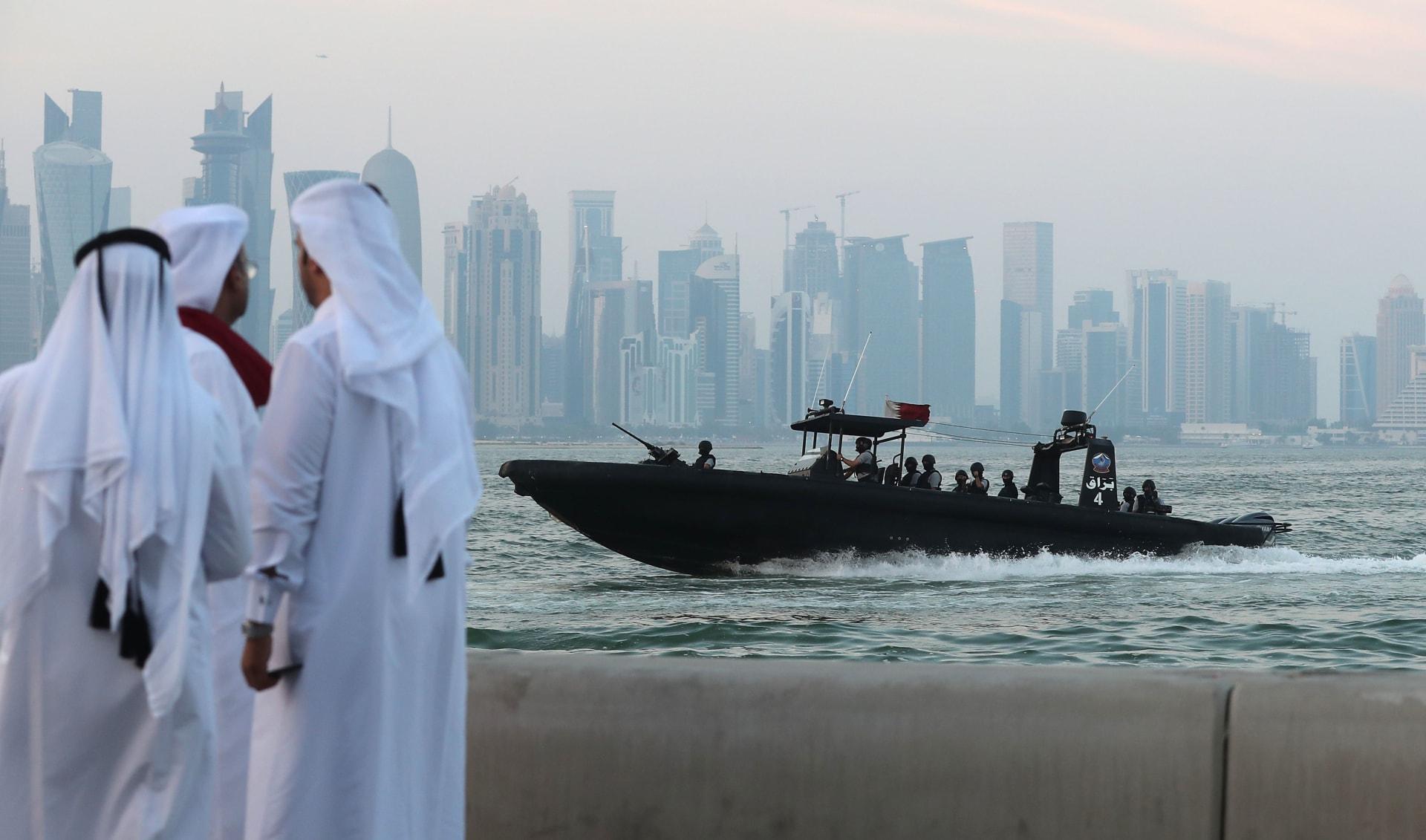 """إيران تتفق مع قطر على ممر تجاري إقليمي عبر """"ميناء الخميني"""""""
