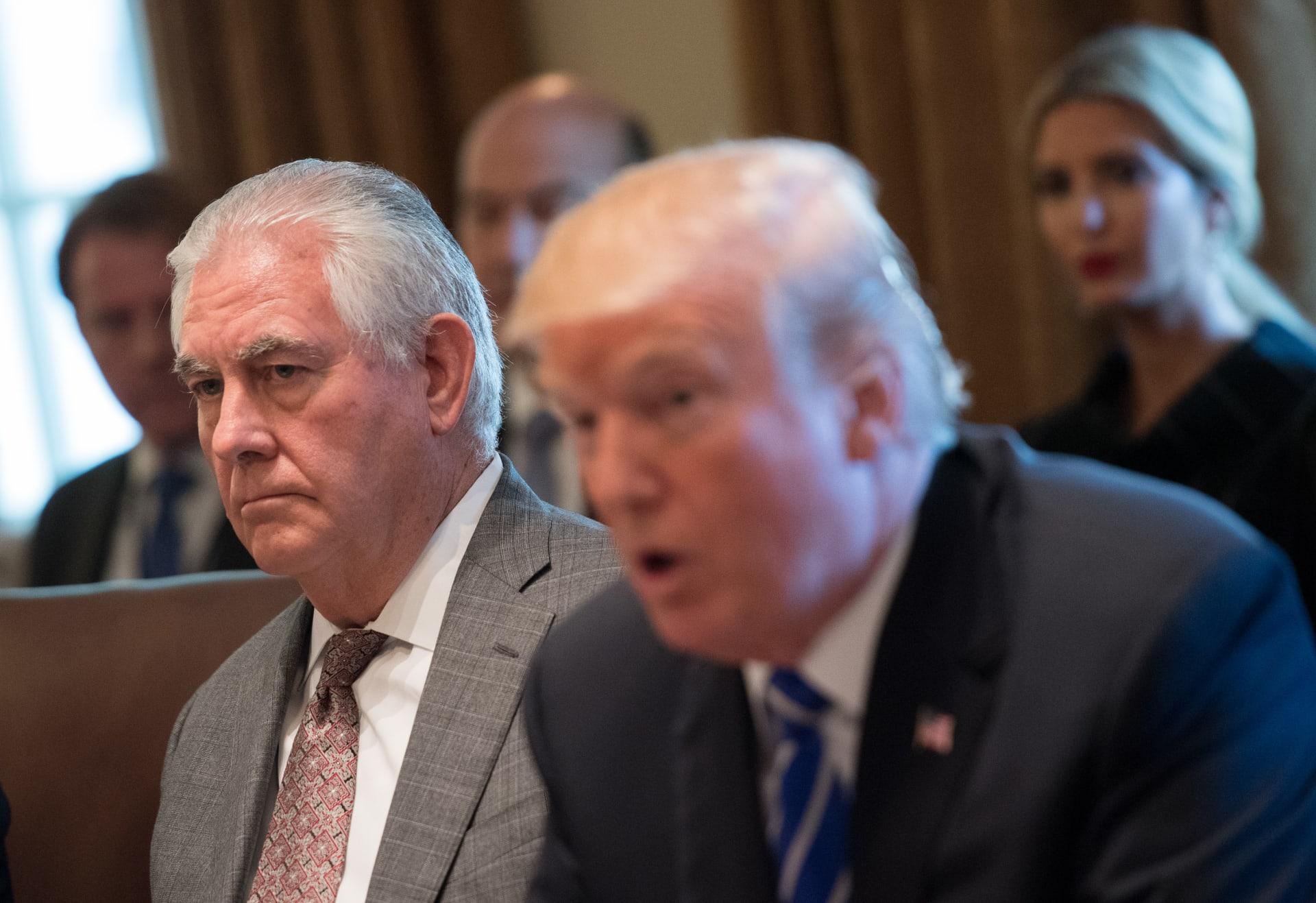 سفيرة أمريكية برسالة استقالتها: ترامب لا يحترمنا وسلّم الأمور لعسكريين