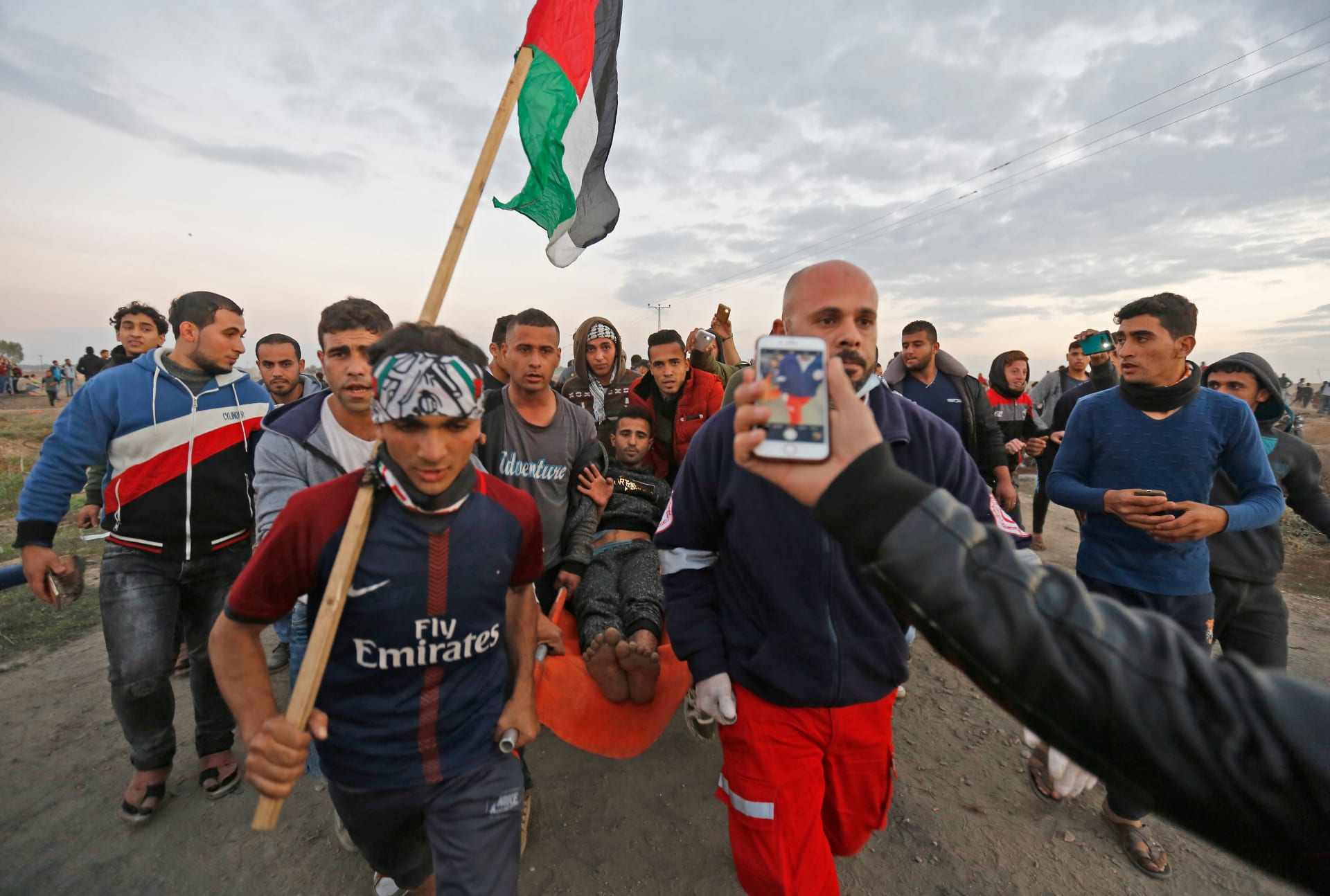 """حماس: تعمد قتل المتظاهرين يؤكد """"إجرام المحتل"""".. وقرار ترامب زاد جرأة عدوان إسرائيل"""