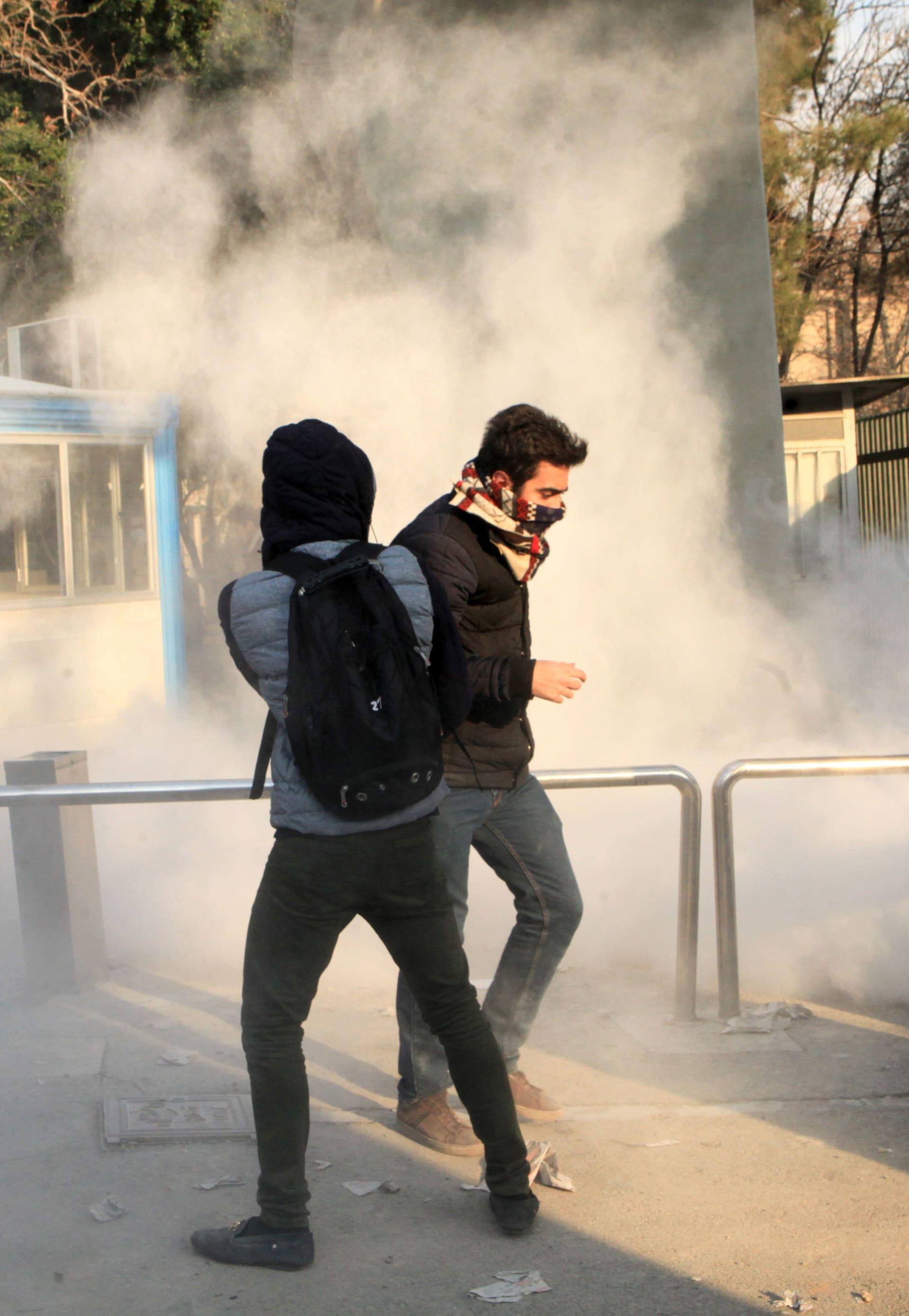 خبير: تحركات إيران تحتاج قيادة لتصبح ثورة تُسقط النظام