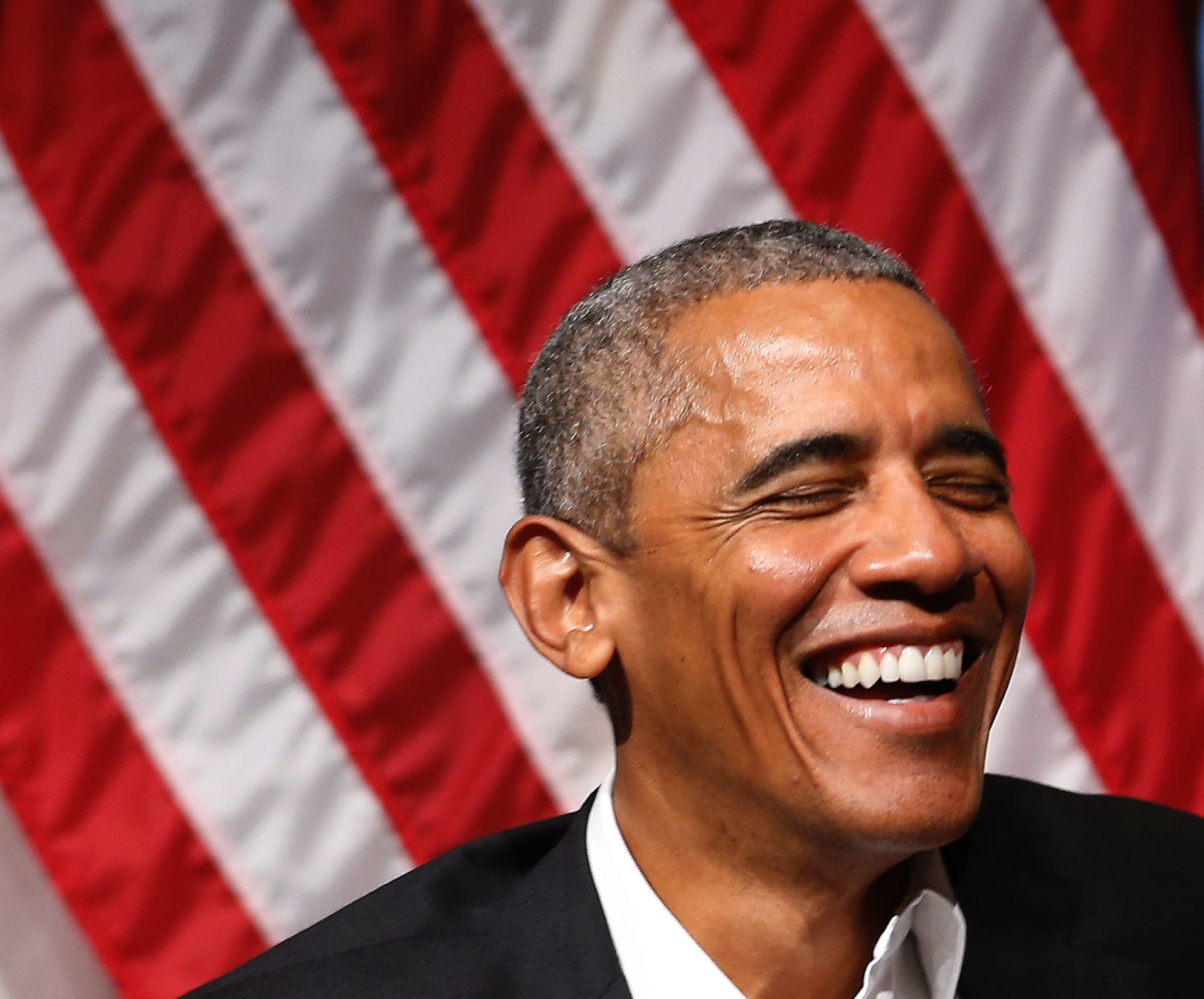 ضابط سابق مؤيد لترامب: شهادة ميلاد أوباما بأمريكا مزورة