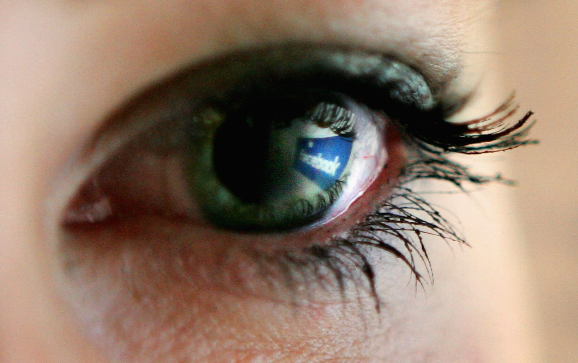 فيسبوك تغير من سياساتها.. محتوى أكثر من الأصدقاء وأقل من المعلنين