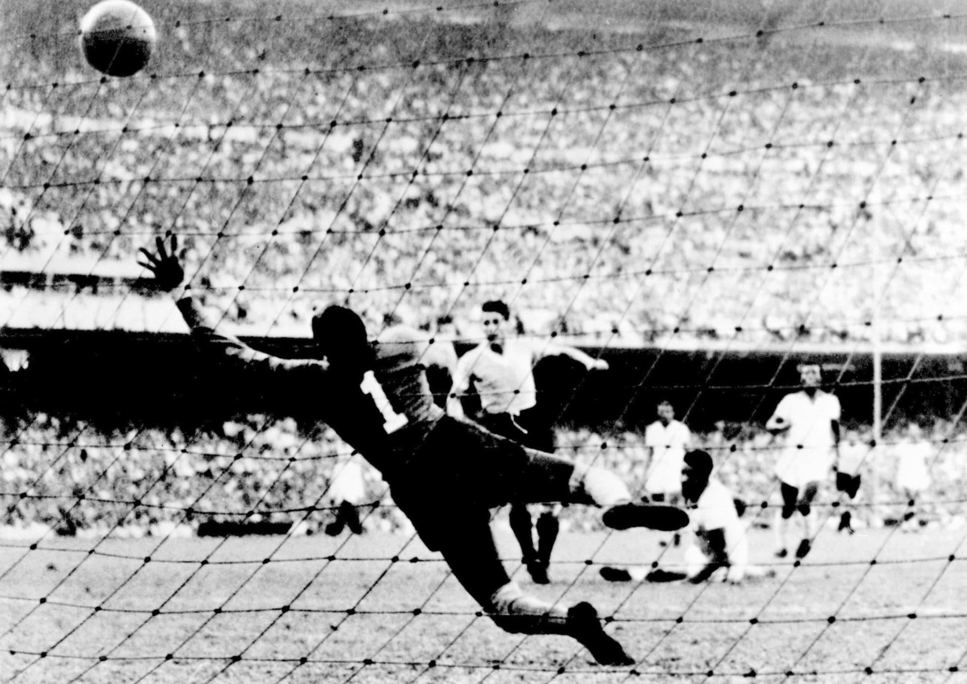 حكاية مونديال 1950.. البرازيل تخسر اللقب على أرضها وحارسها يعيش مأساة