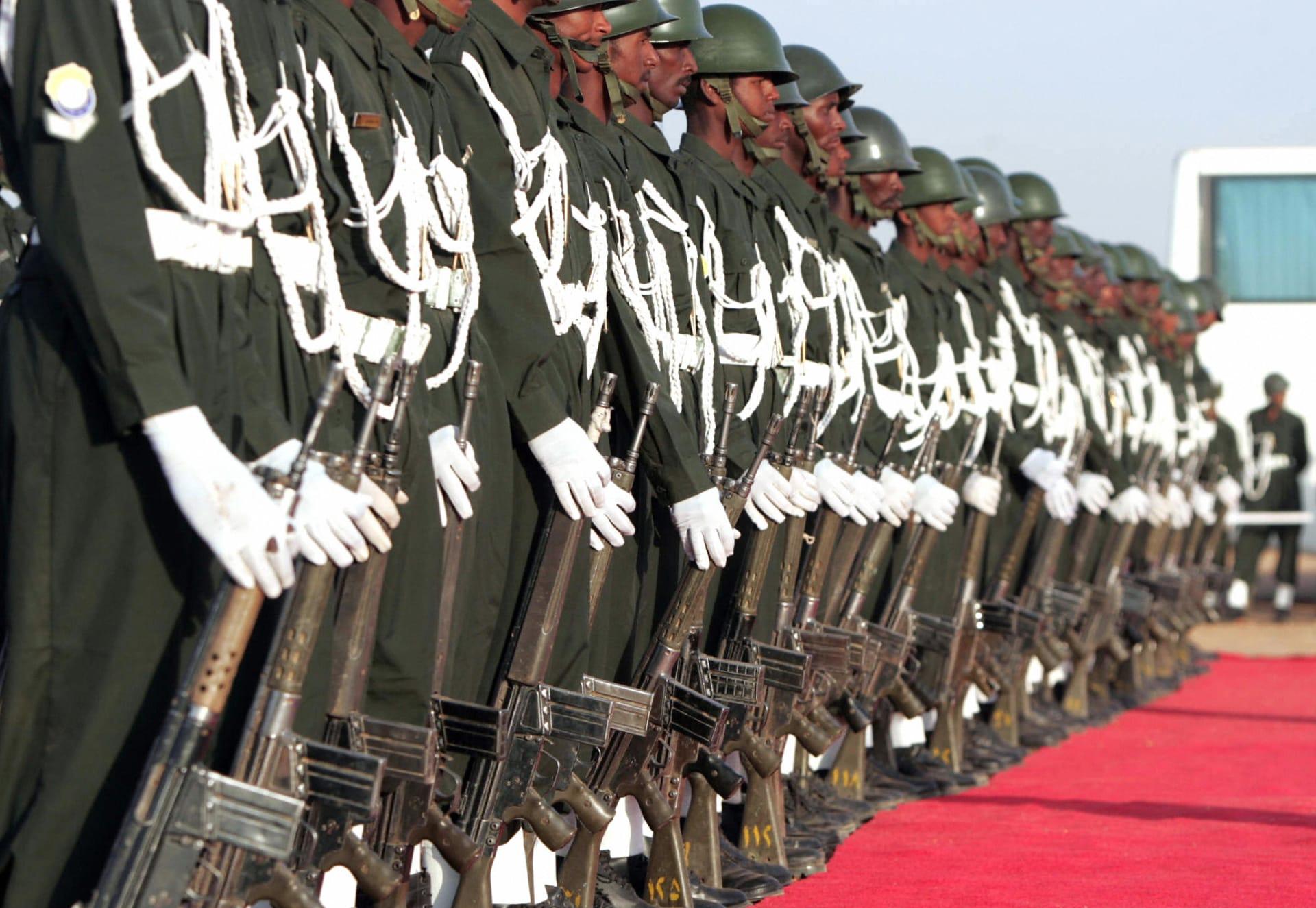 """تعزيزات سودانية بكسلا لمواجهة """"تهديدات"""" وإريتريا تنفي وجود قوات مصرية"""
