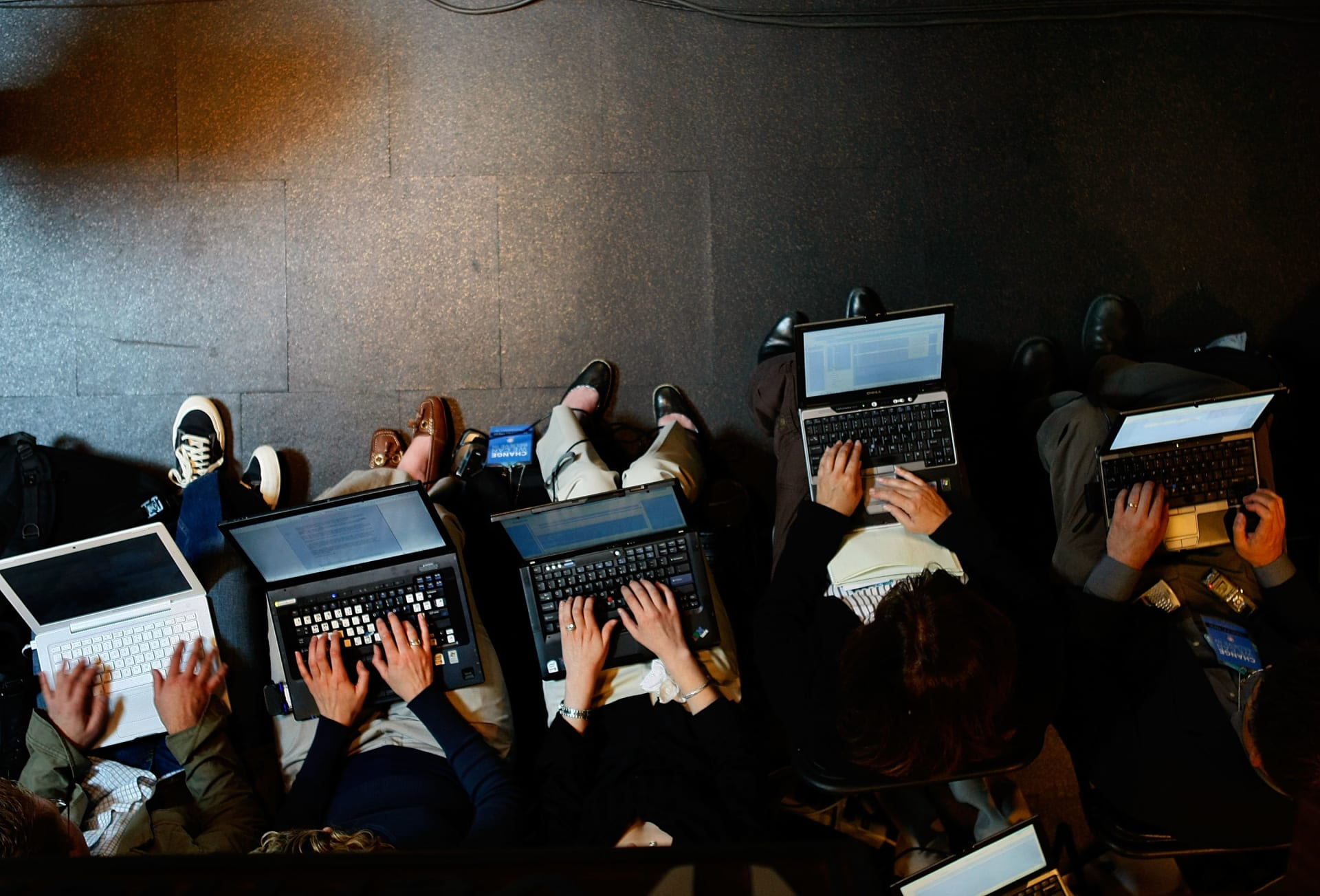 ما مدى فعالية أساليب التواصل في شركات الشرق الأوسط؟