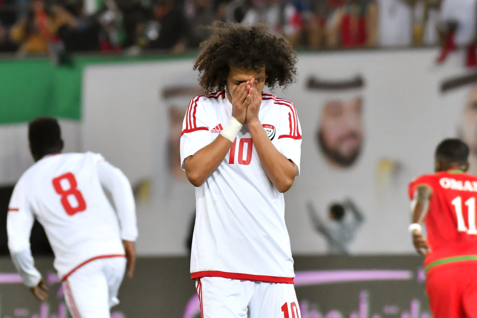 """عقوبات مشددة على عمر عبد الرحمن وعلي مبخوت بسبب """"نهائي كأس الخليج"""""""