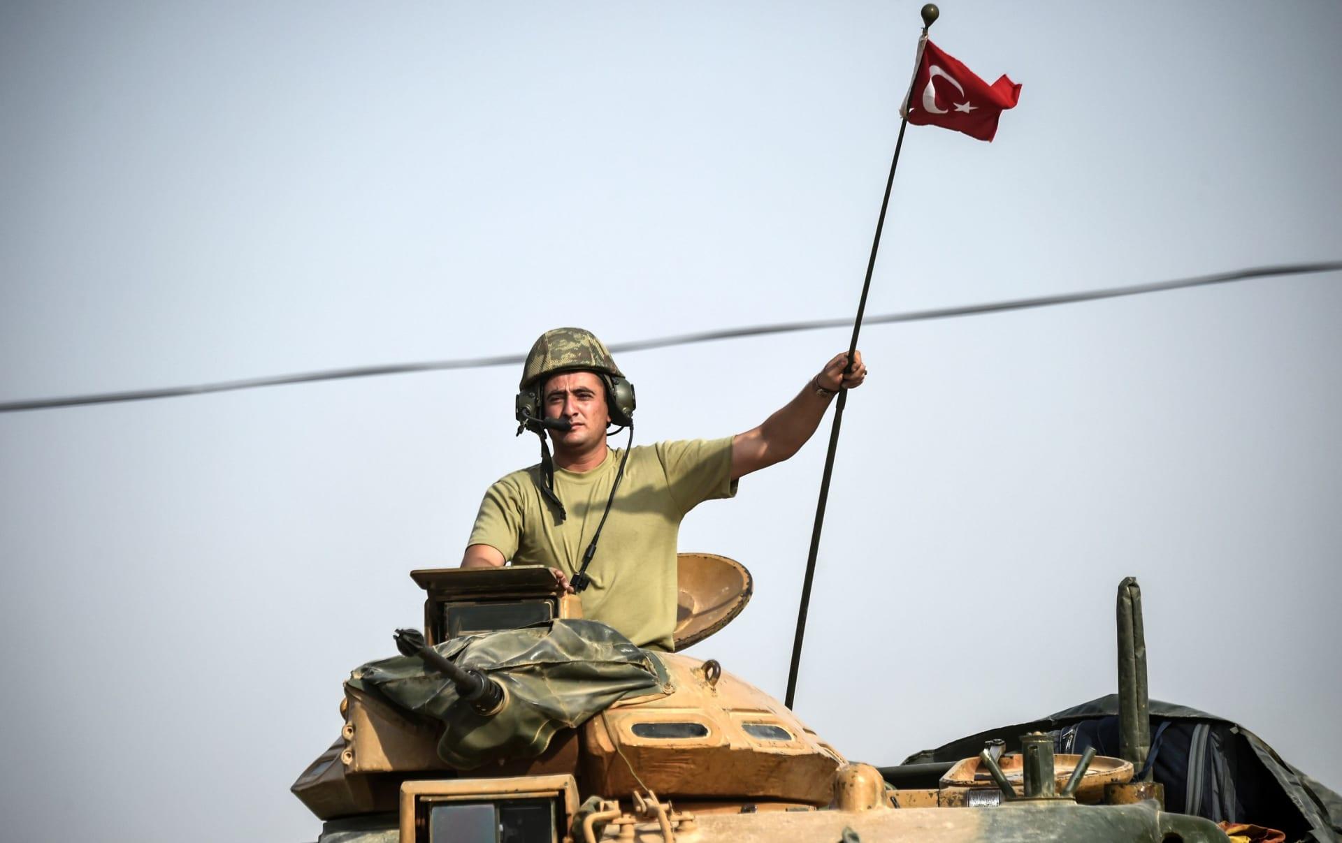 """وزير دفاع تركيا: قواتنا لم تتسبب بسقوط ضحايا مدنيين بـ""""غصن الزيتون"""""""