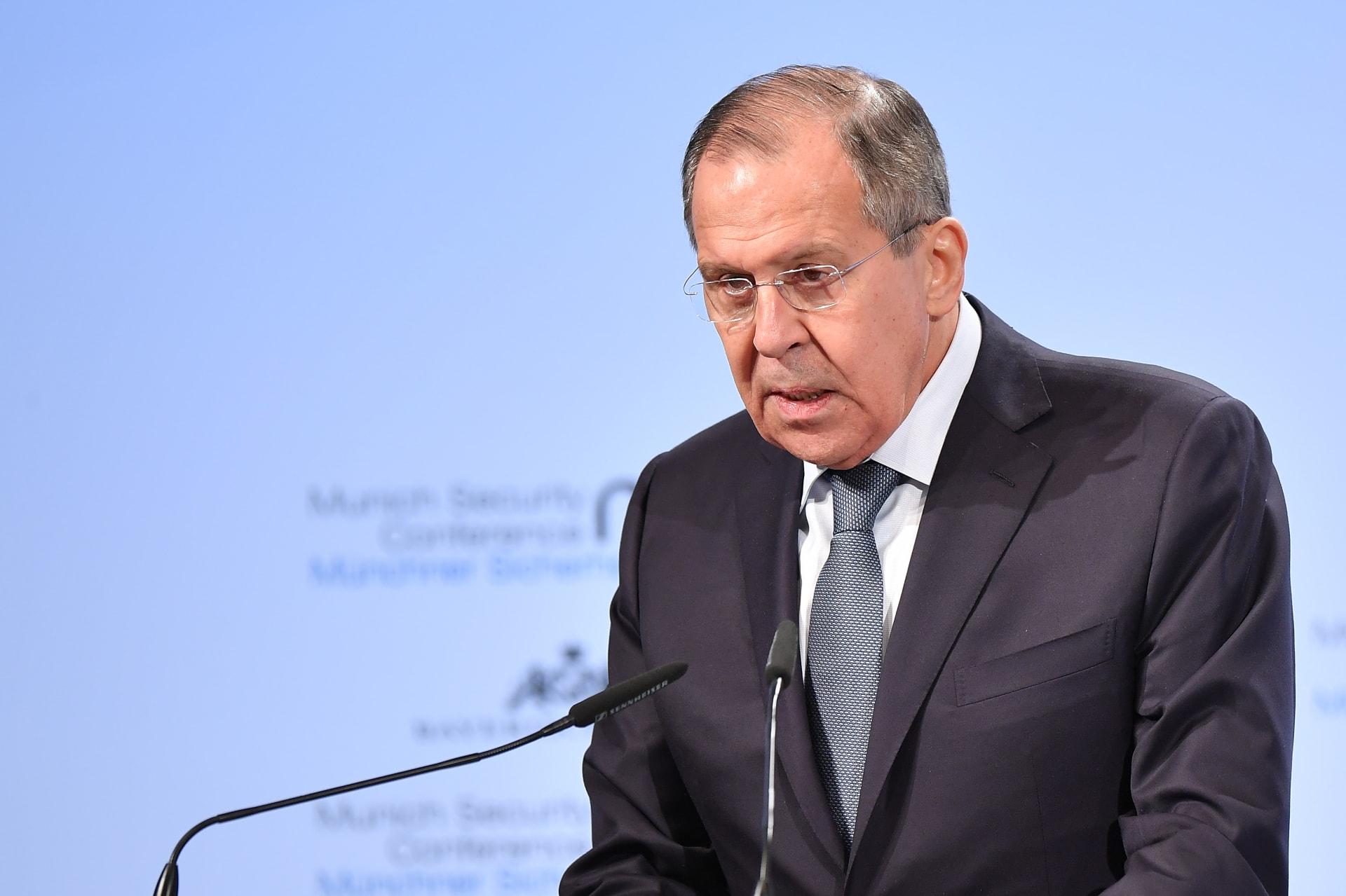 لافروف: على أمريكا ألا تلعب بالنار في الساحة السورية