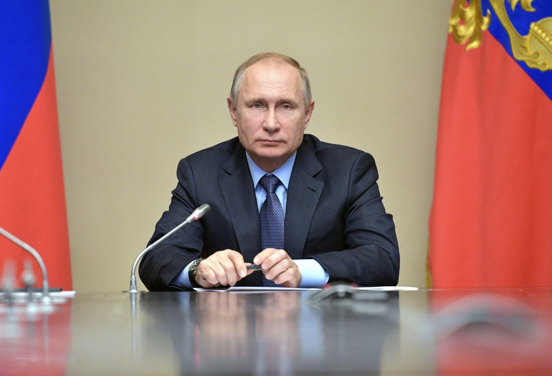 بوتين يأمر بهدنة يومية بالغوطة ابتداء من الغد وإعلان فتح ممر إنساني