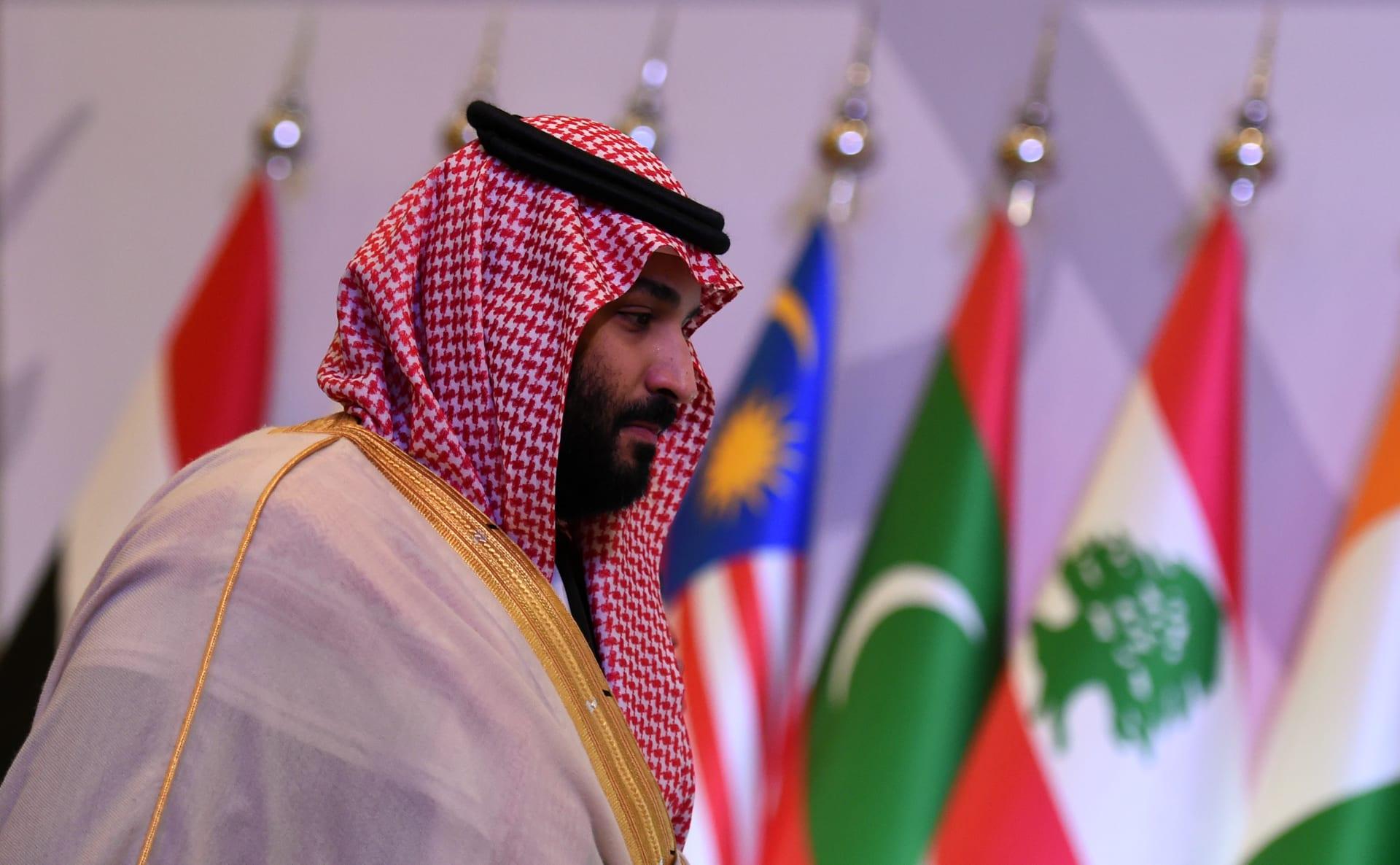 الأمير محمد بن سلمان يحاور الصحفيين.. ماذا قال عن قطر وخطر العثمانيين؟