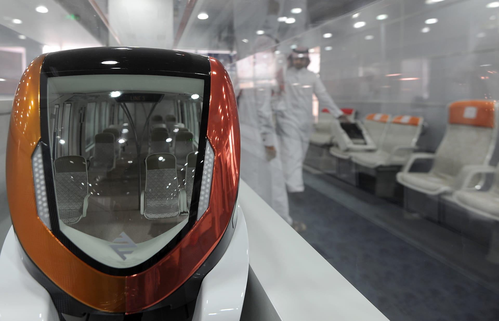 شاهد.. بدء التشغيل التجريبي لعربات مترو الرياض